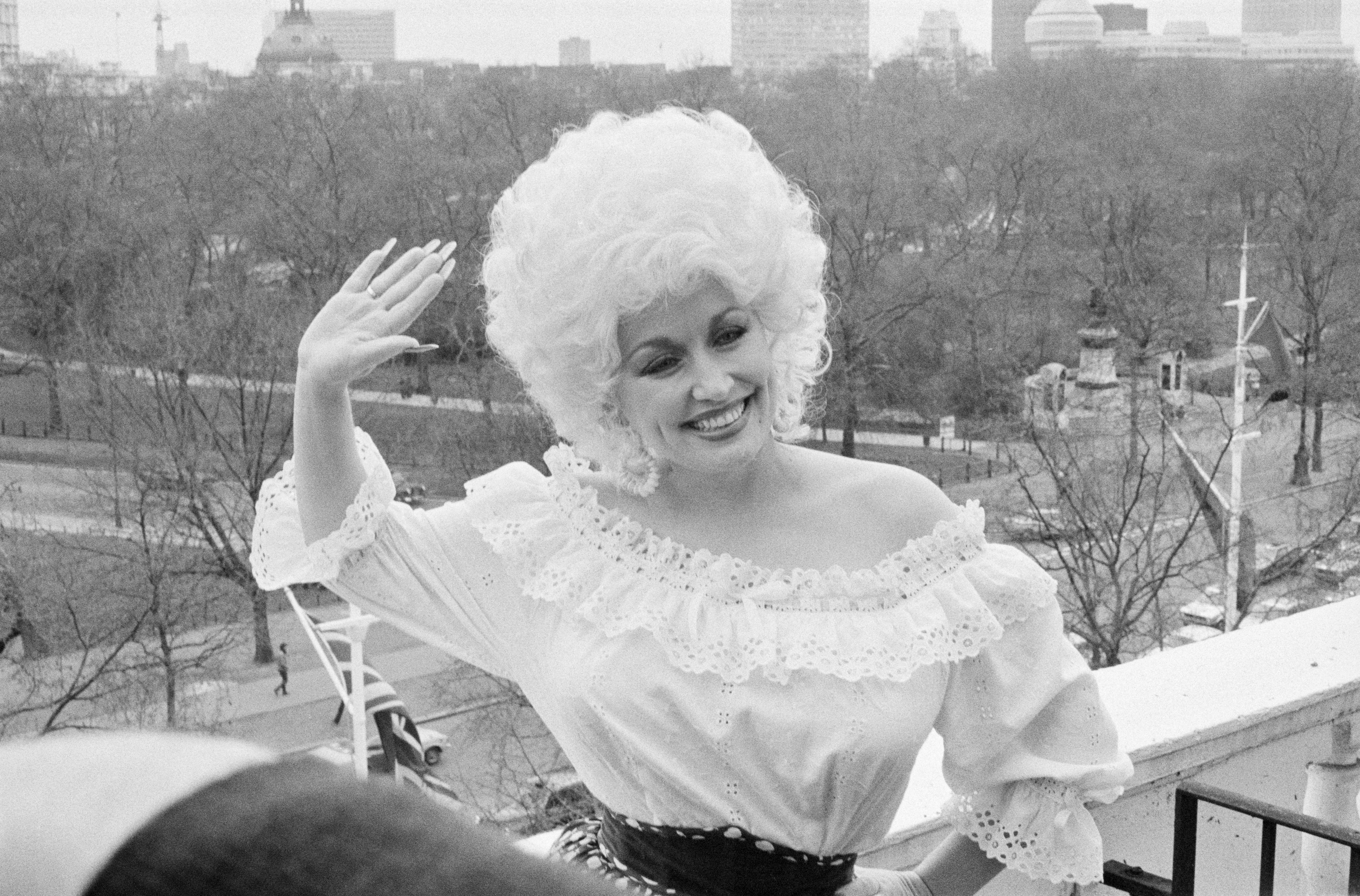 d96cdbf64fa6c American country singer-songwriter Dolly Parton in London