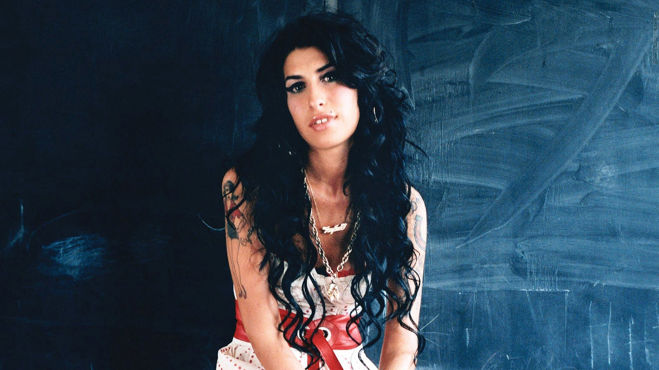Amy Winehouse The Grammy Winning British Retro Soul Singer Whose Remarkable Musical Achievements Were Often Overshadowed By Her Tumultuous Personal Life