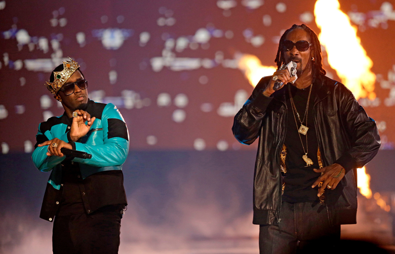 Diddy and Snoop Dogg perform during the BET Hip Hop Awards, in Atlanta on September 28th, 2013.