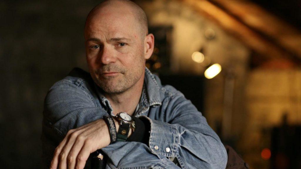 Review: Gord Downie, Tragically Hip Singer, Bids Tender Farewell on Final LP