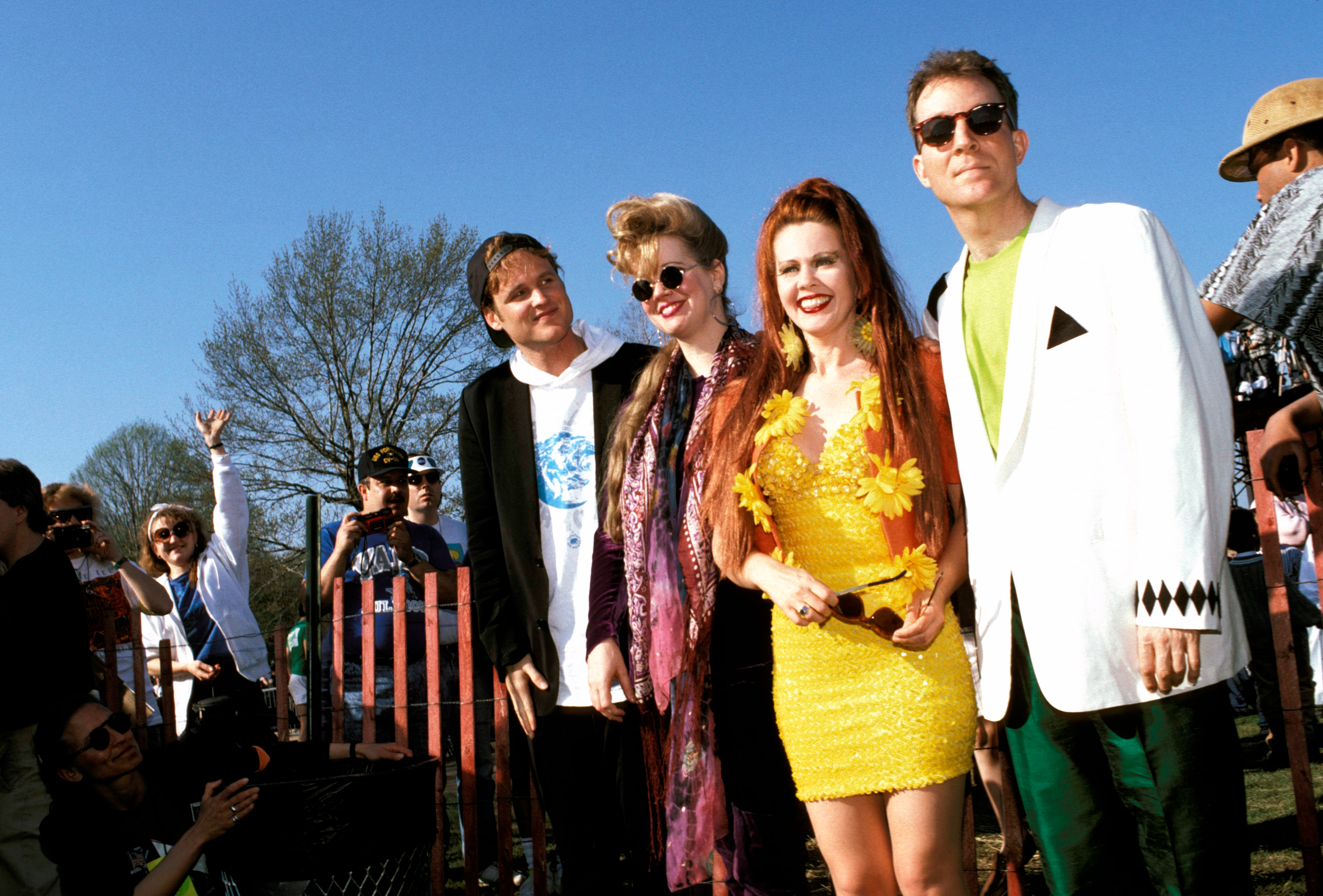 B 52s Oral History Fred Schneider Kate Pierson And More Rolling