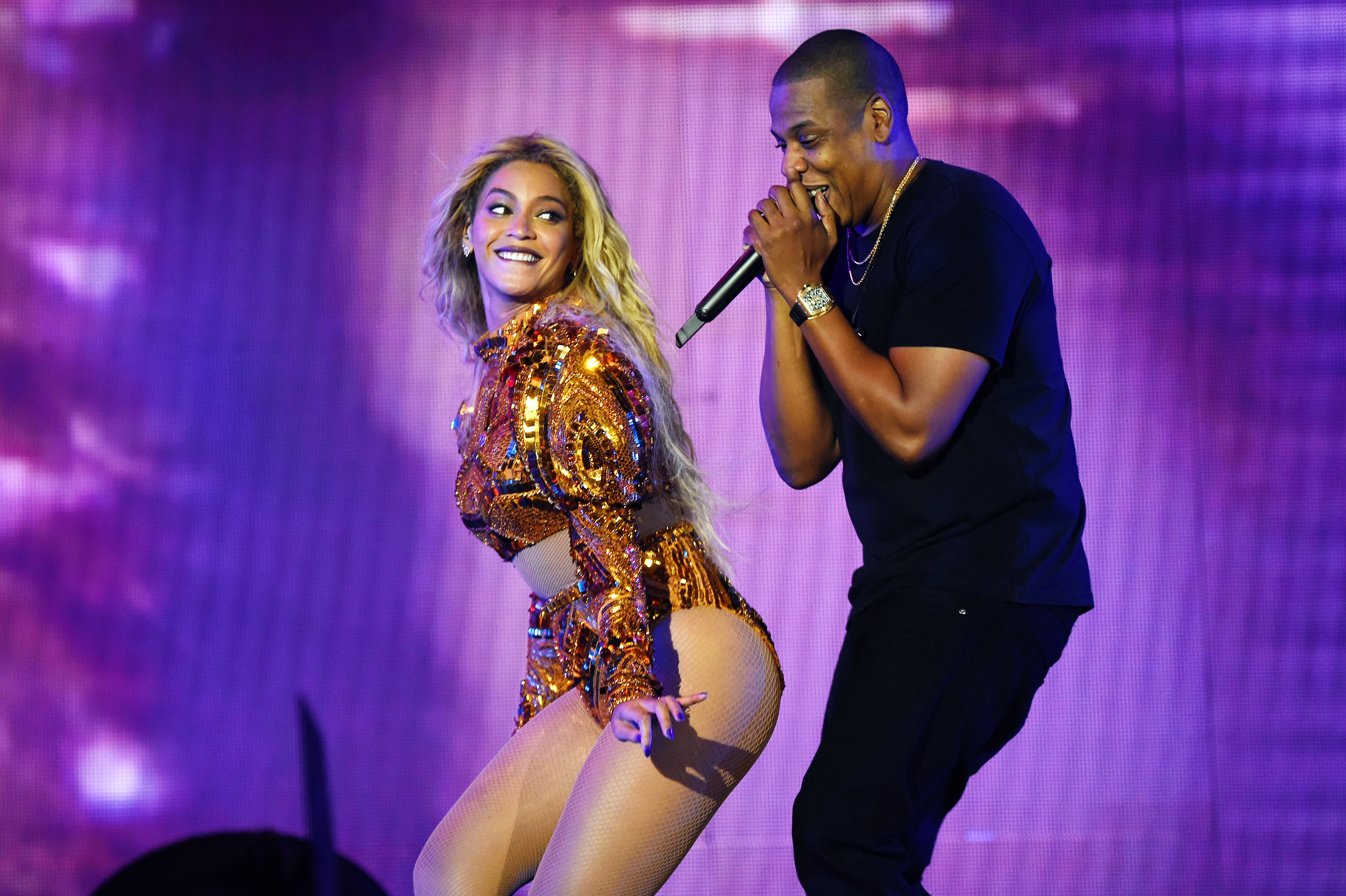 Beyonce, Jay-Z Unite for Joint OTR II Stadium Tour – Rolling