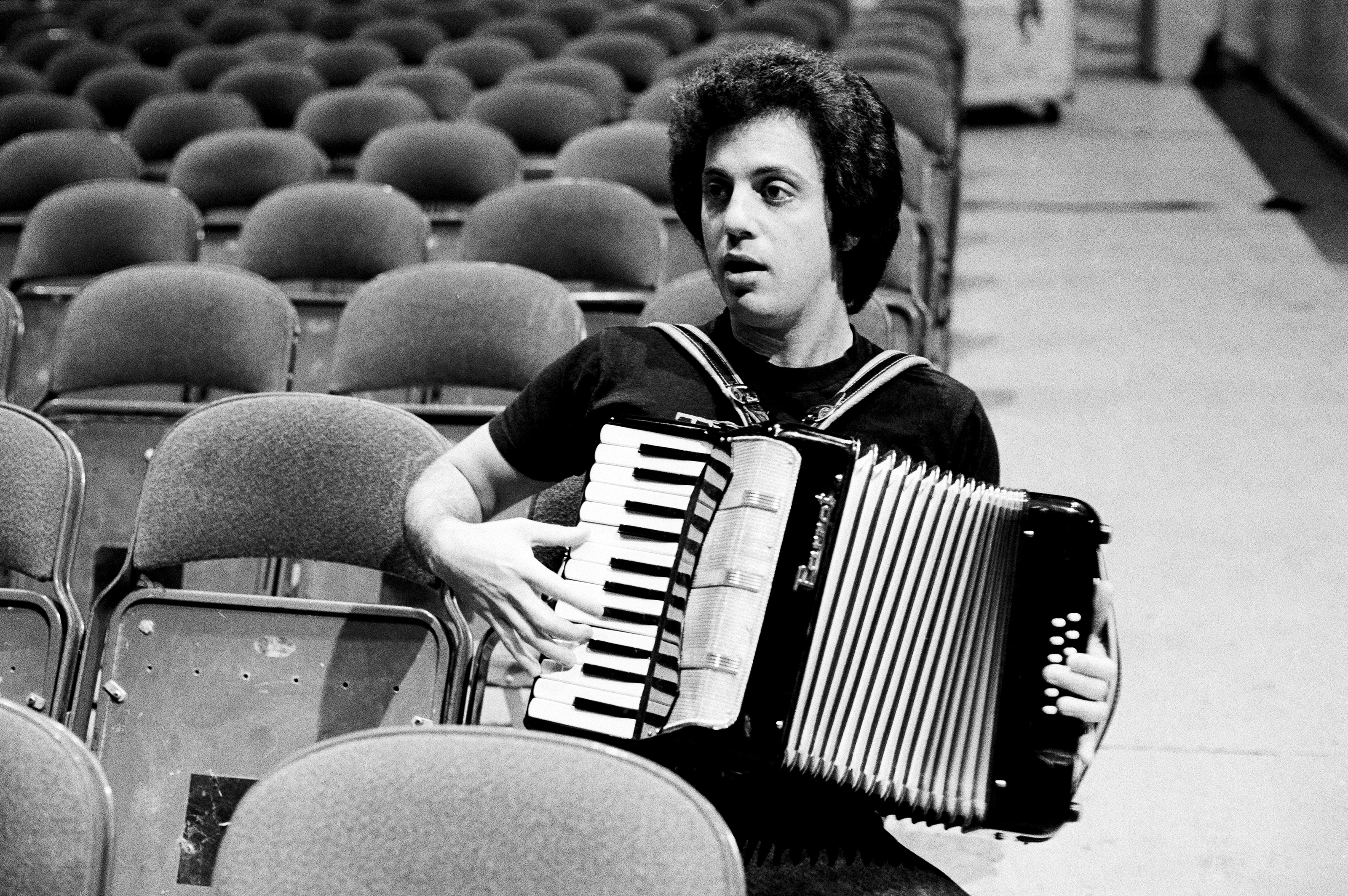 Billy joels the stranger turns 40 a track by track guide billy joel the stranger accordion 1977 m4hsunfo