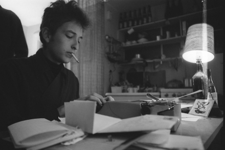 Why Bob Dylan Is a Literary Genius – Rolling Stone