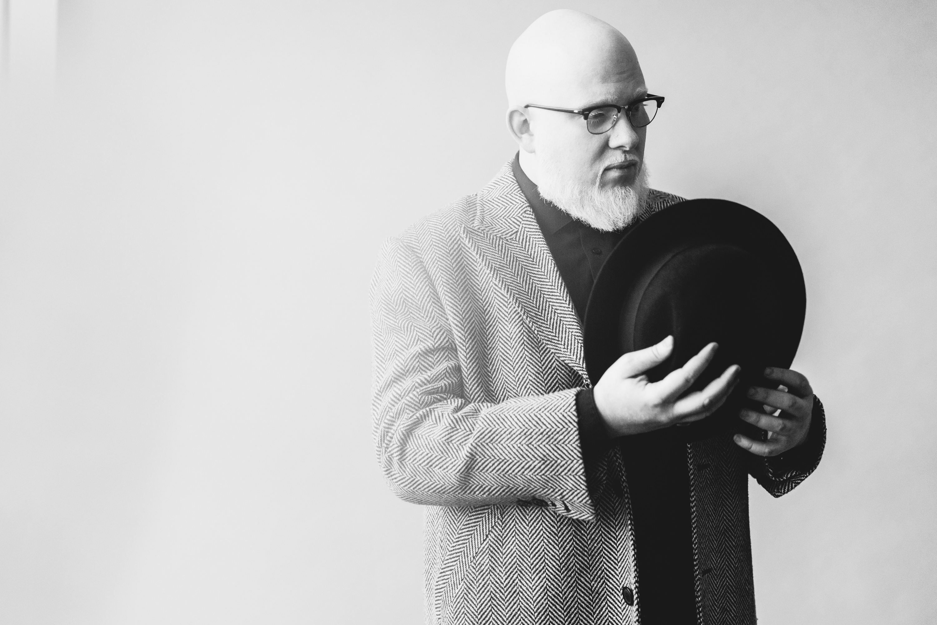 Hear Brother Ali S Sleek Own Light From First Lp In Five Years Rolling Stone