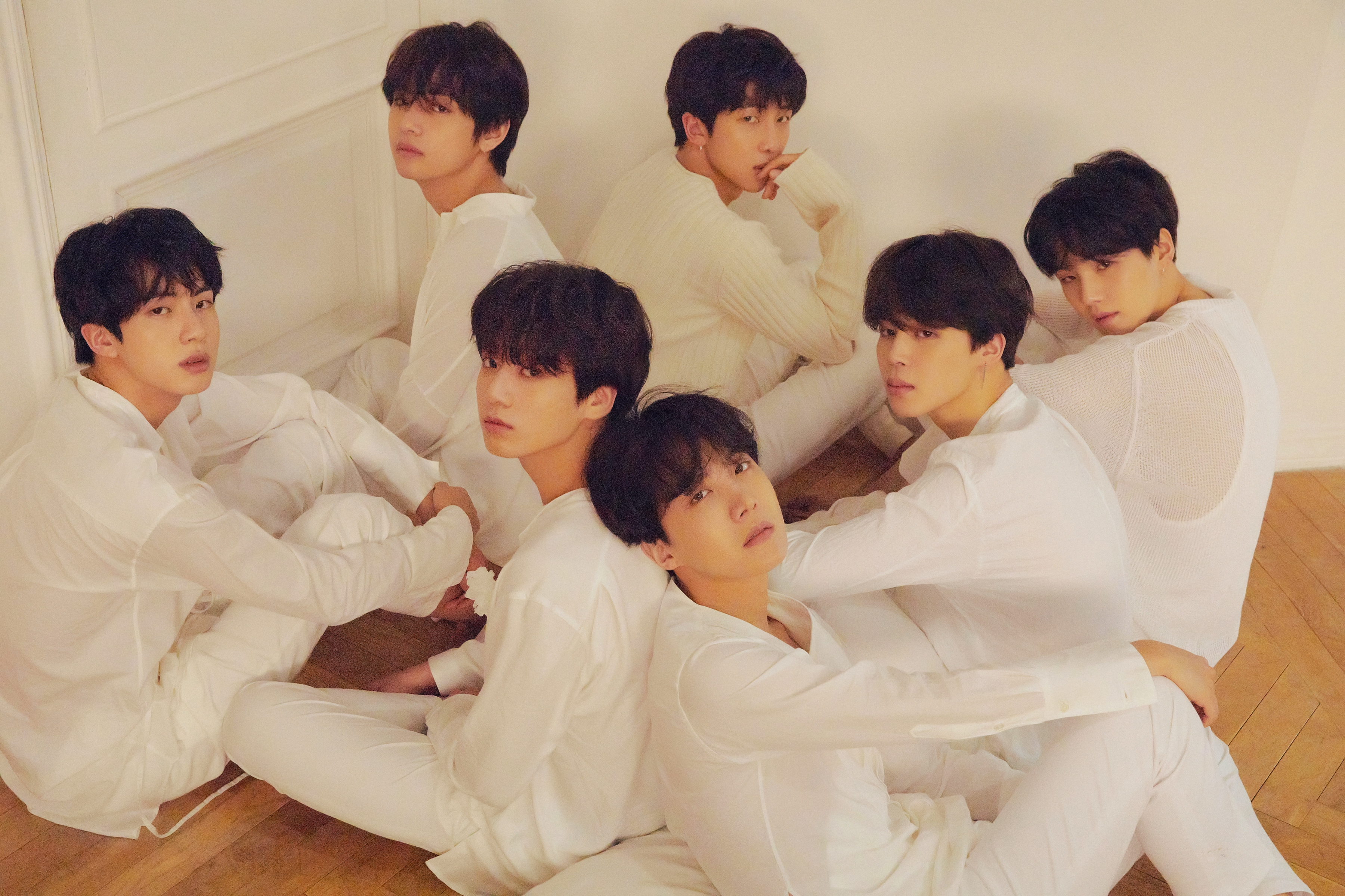 9e3b1d174afbf Review  BTS   Love Yourself  Tear  – Rolling Stone