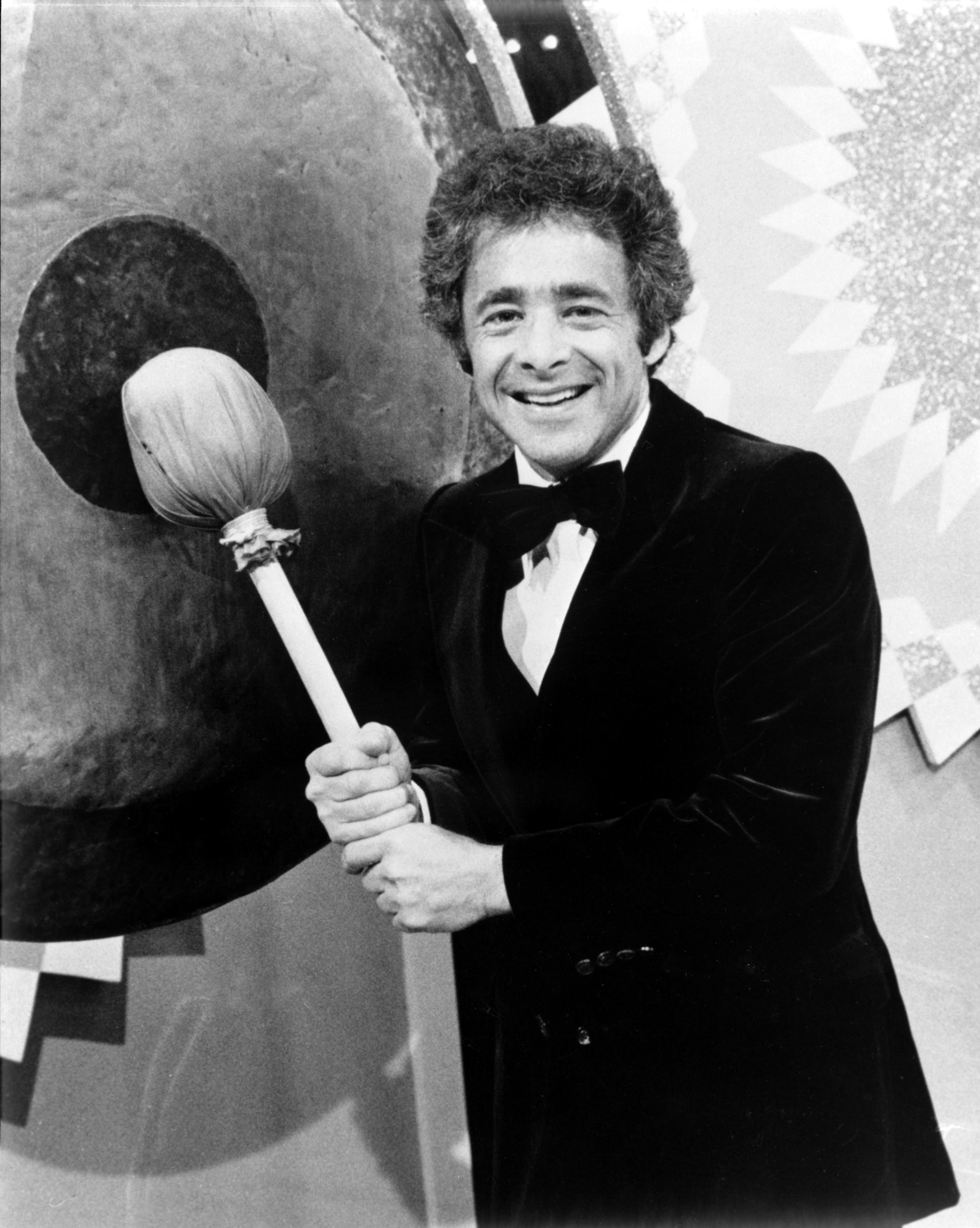 The Gong Show 2020 Host.Chuck Barris Gong Show And Dating Game Creator Dead At