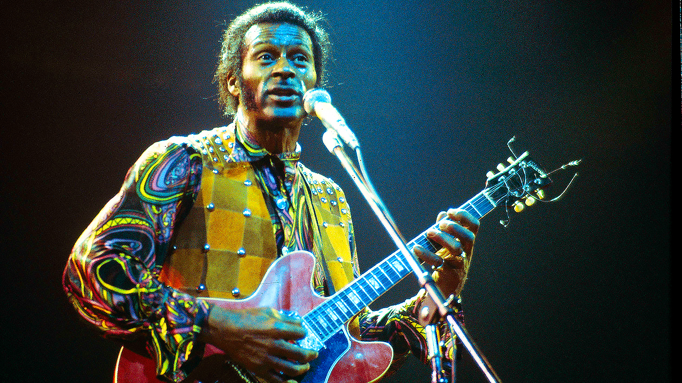 Flashback John Lennon And Chuck Berry Jam On Johnny B Goode