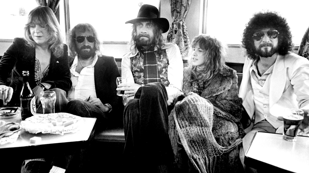Fleetwood Mac S Rumours 10 Things You Didn T Know Rolling Stone