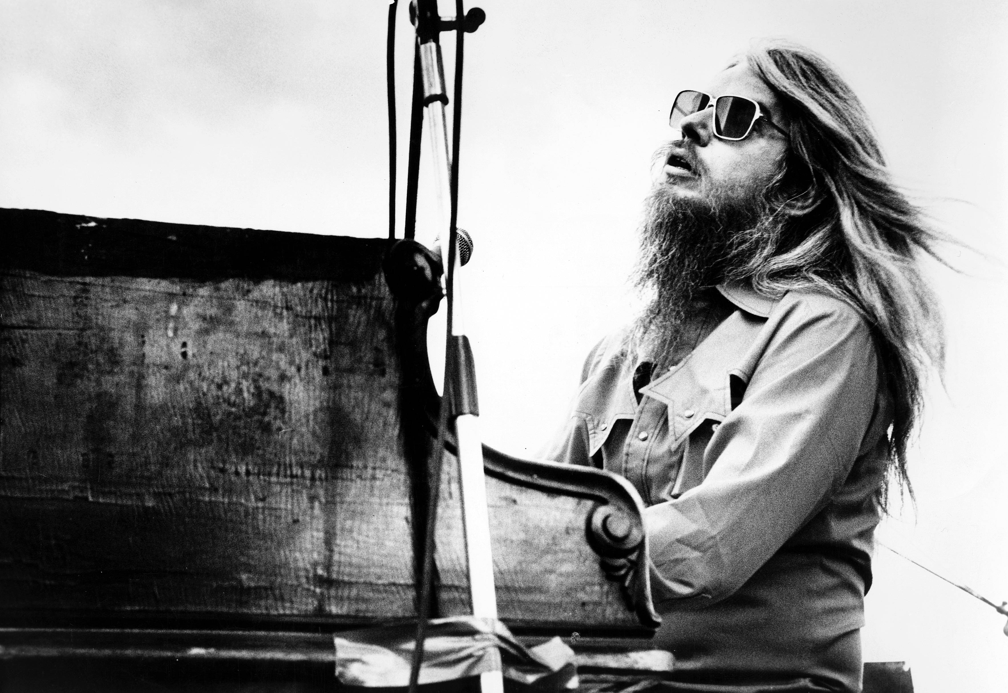 Remembering Leon Russell, Rock's Behind-the-Scenes Mad Dog