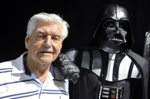 David Prowse, Darth Vader Actor in 'Star Wars,' Dead at 85