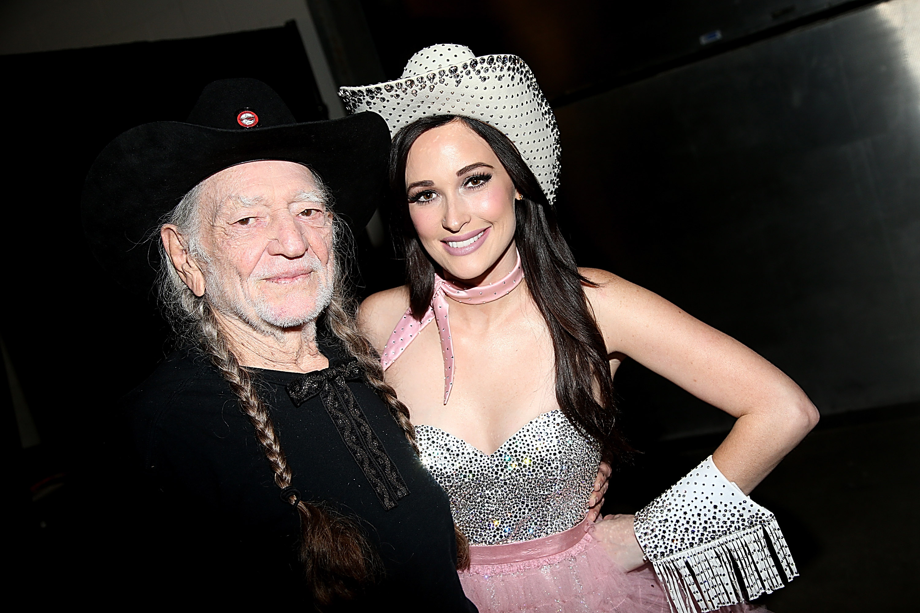 Kacey Musgraves Taps Willie Nelson for Christmas Album – Rolling Stone
