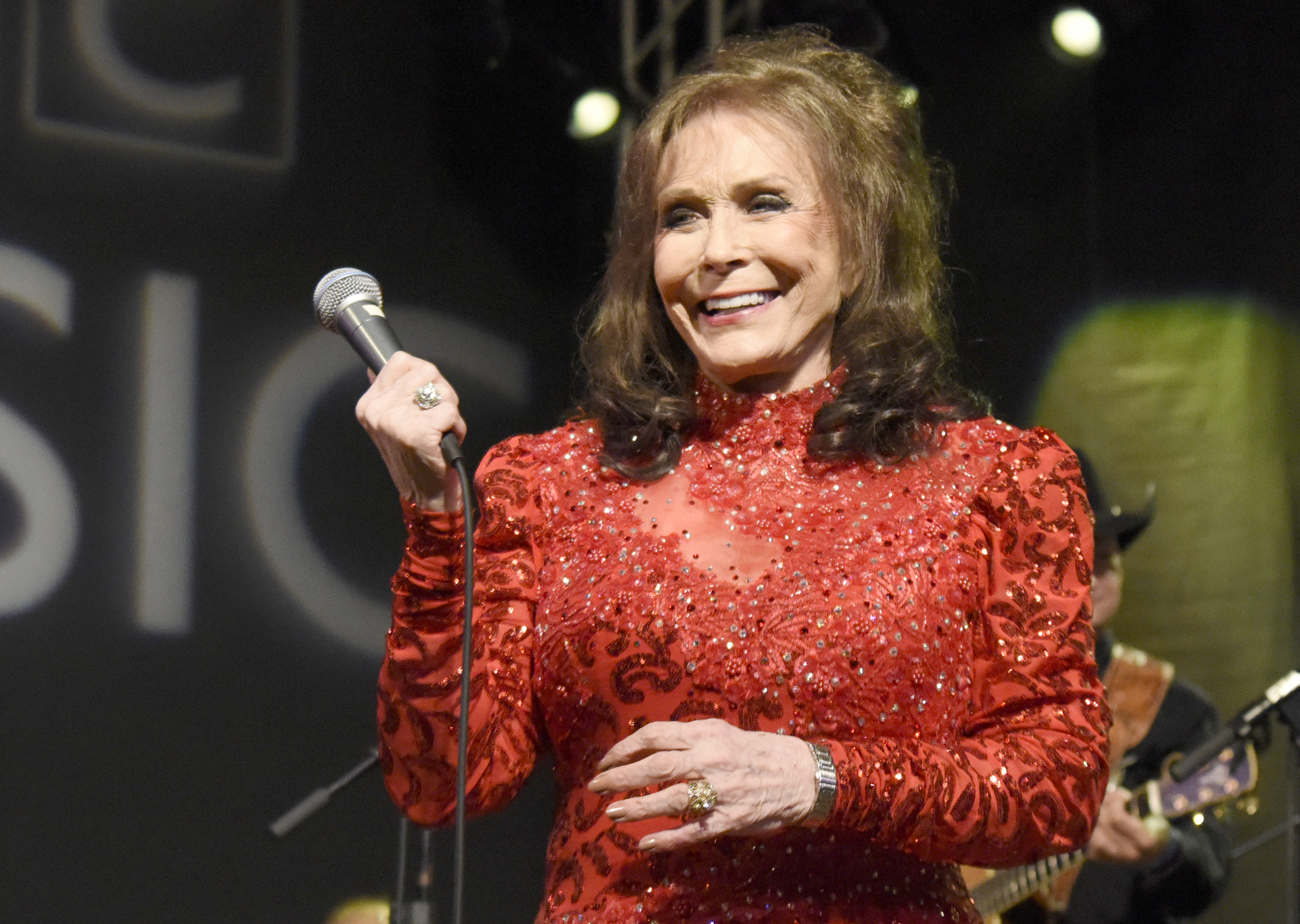 loretta lynns holiday themed album white christmas blue comes out october 7th - Who Wrote The Song White Christmas
