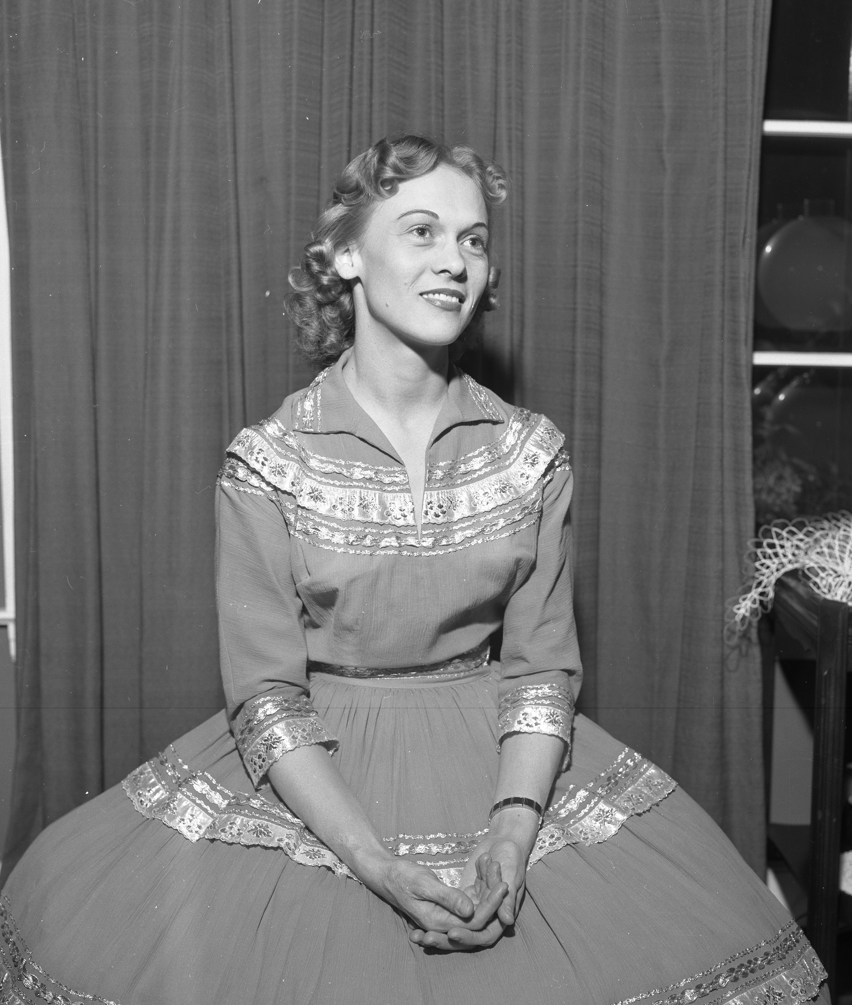 Louise Crawford,Patricia English XXX image Richard Wilson (born 1936),Dreuxilla Divine