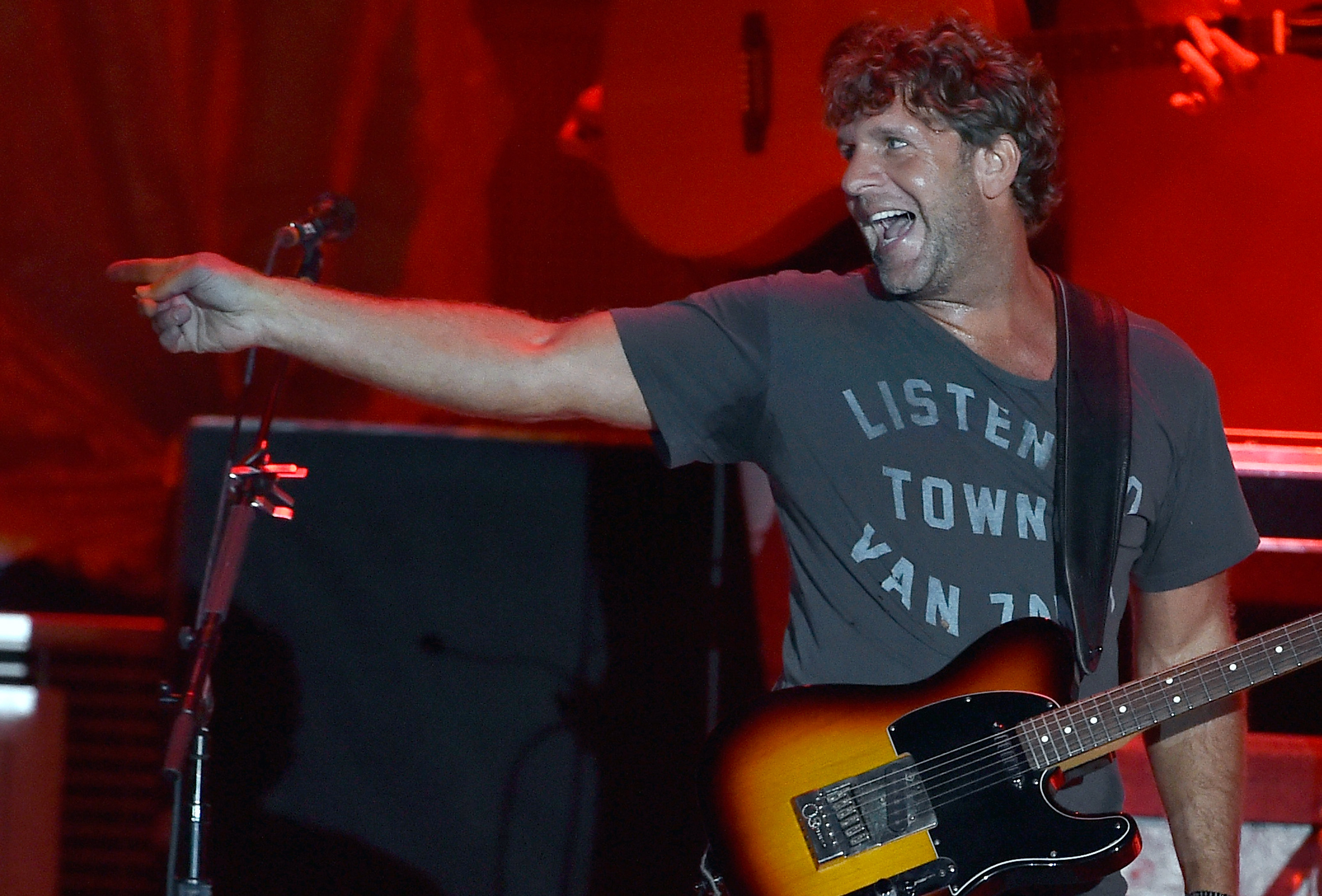 Billy Currington On Low Expectations For New Hit Hurt Like It Used