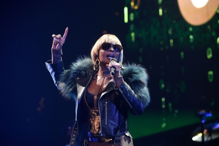 Hear Mary J  Blige, Kanye West's New Song 'Love Yourself' – Rolling