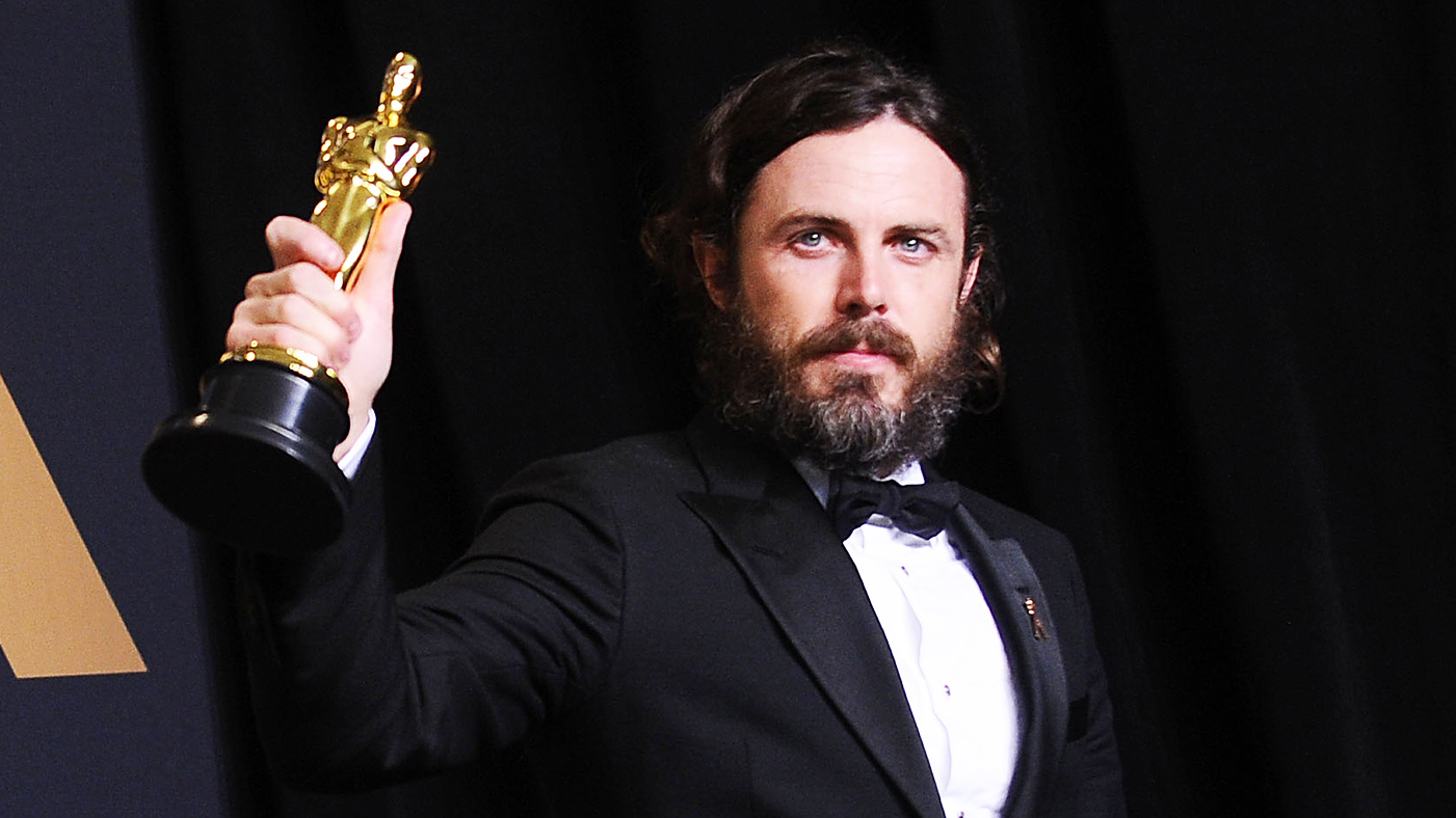 Casey Affleck Drops Out of Oscars, Won't Present Best Actress