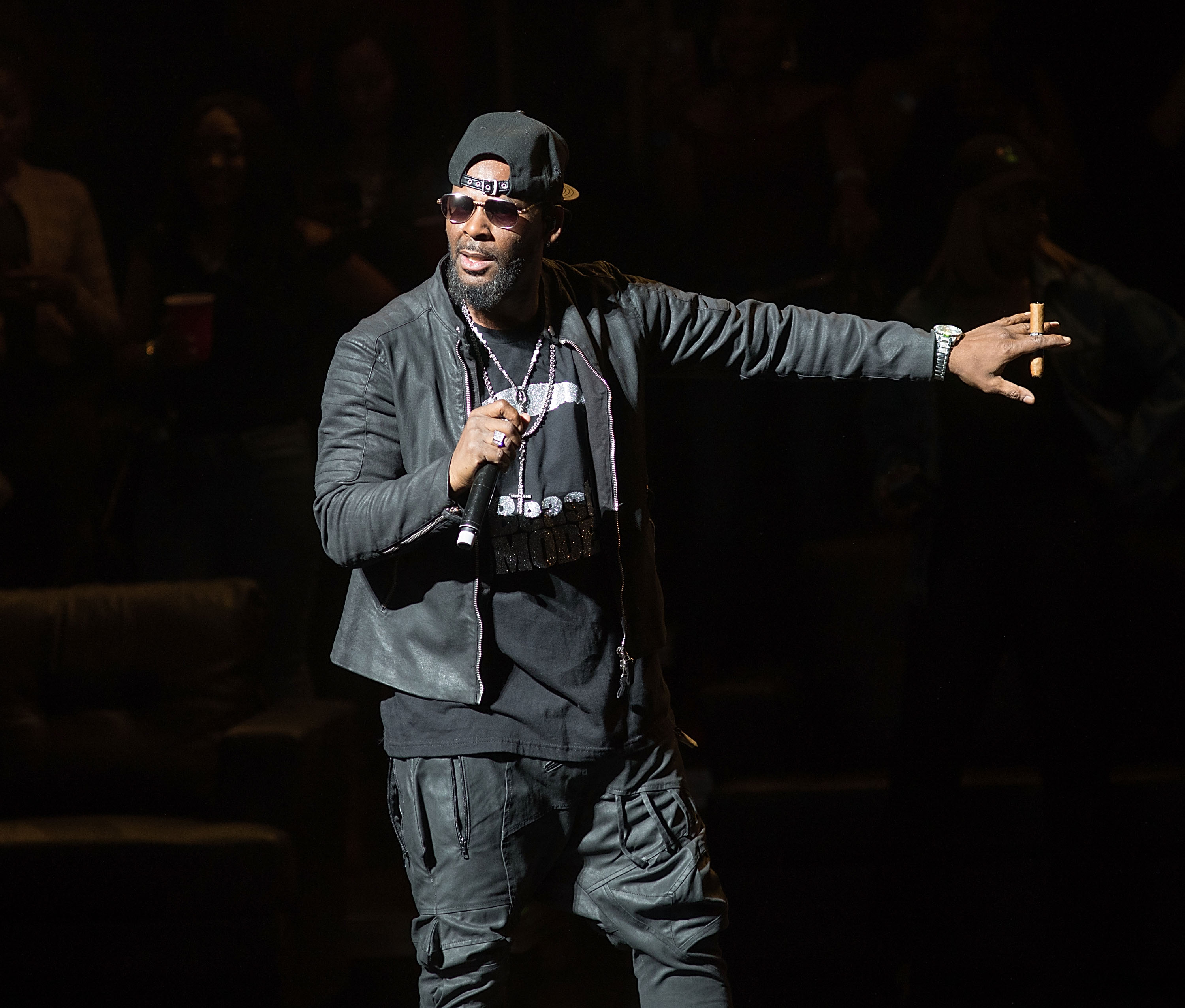 R Kelly Faces New Allegations of Underage Physical Abuse