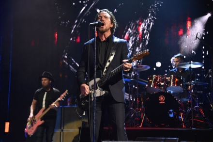 Pearl Jam Announce Seattle Stadium 'Home Shows' – Rolling Stone