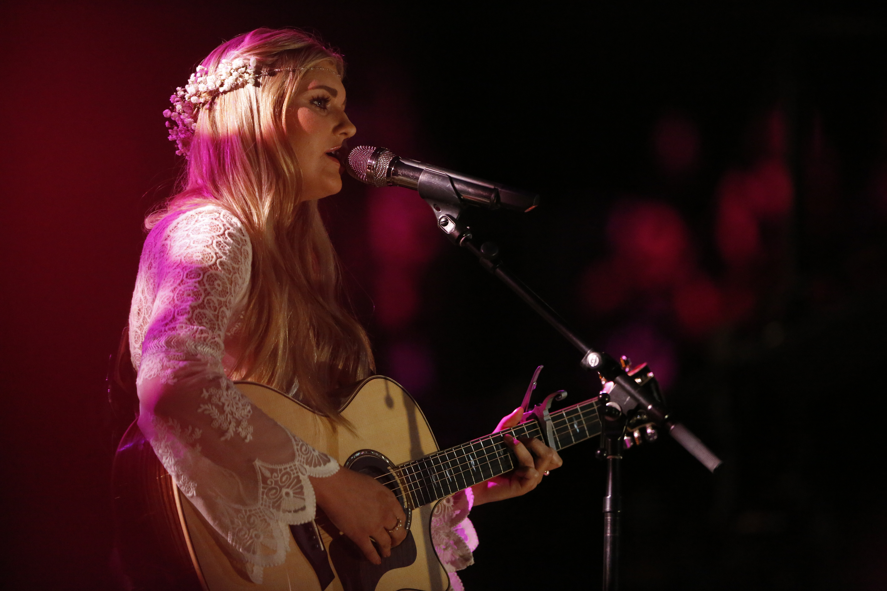 See Voice Singer Brennley Browns Maddie And Tae Cover Rolling Stone
