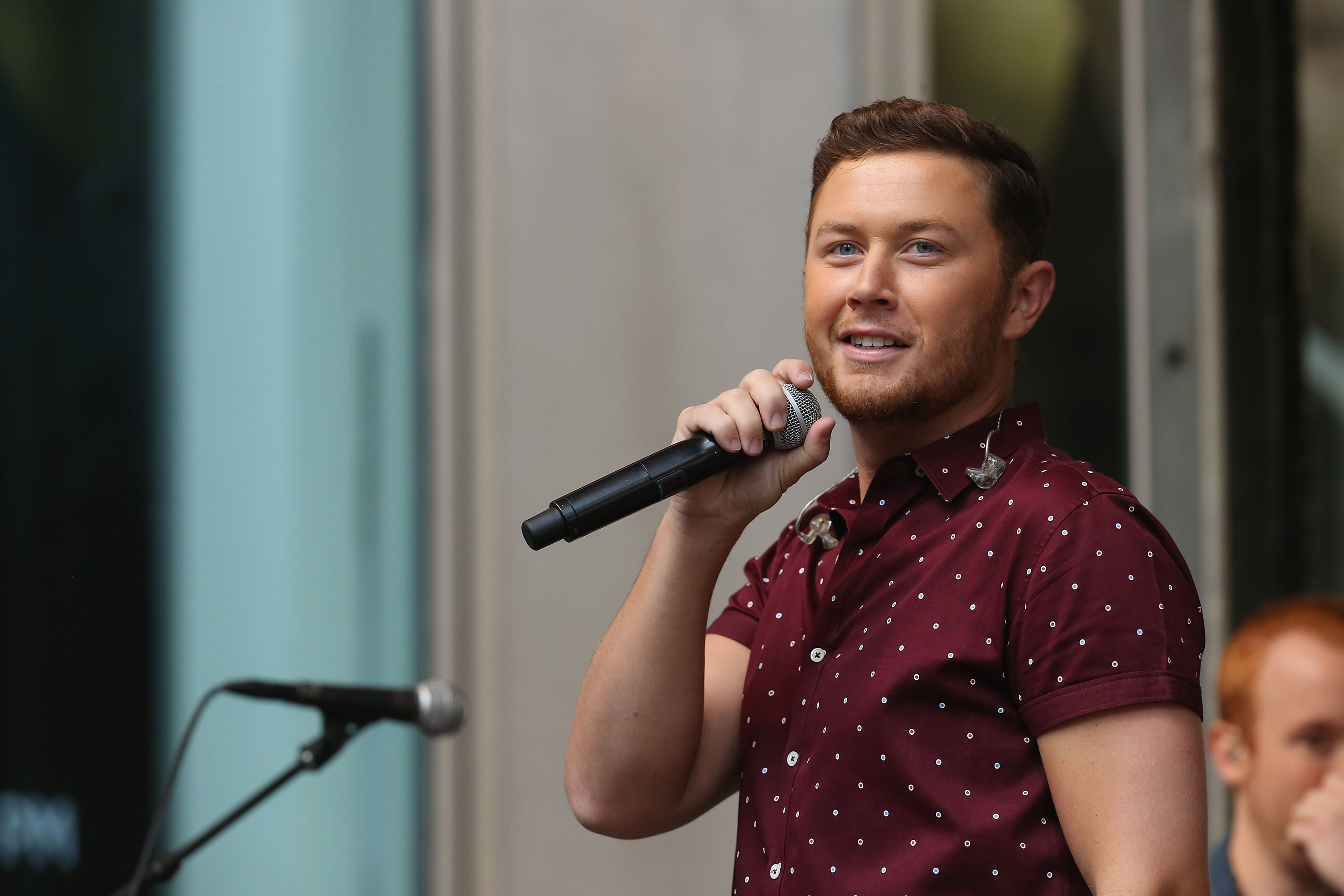Scotty McCreery's '5 More Minutes': Watch Video – Rolling Stone