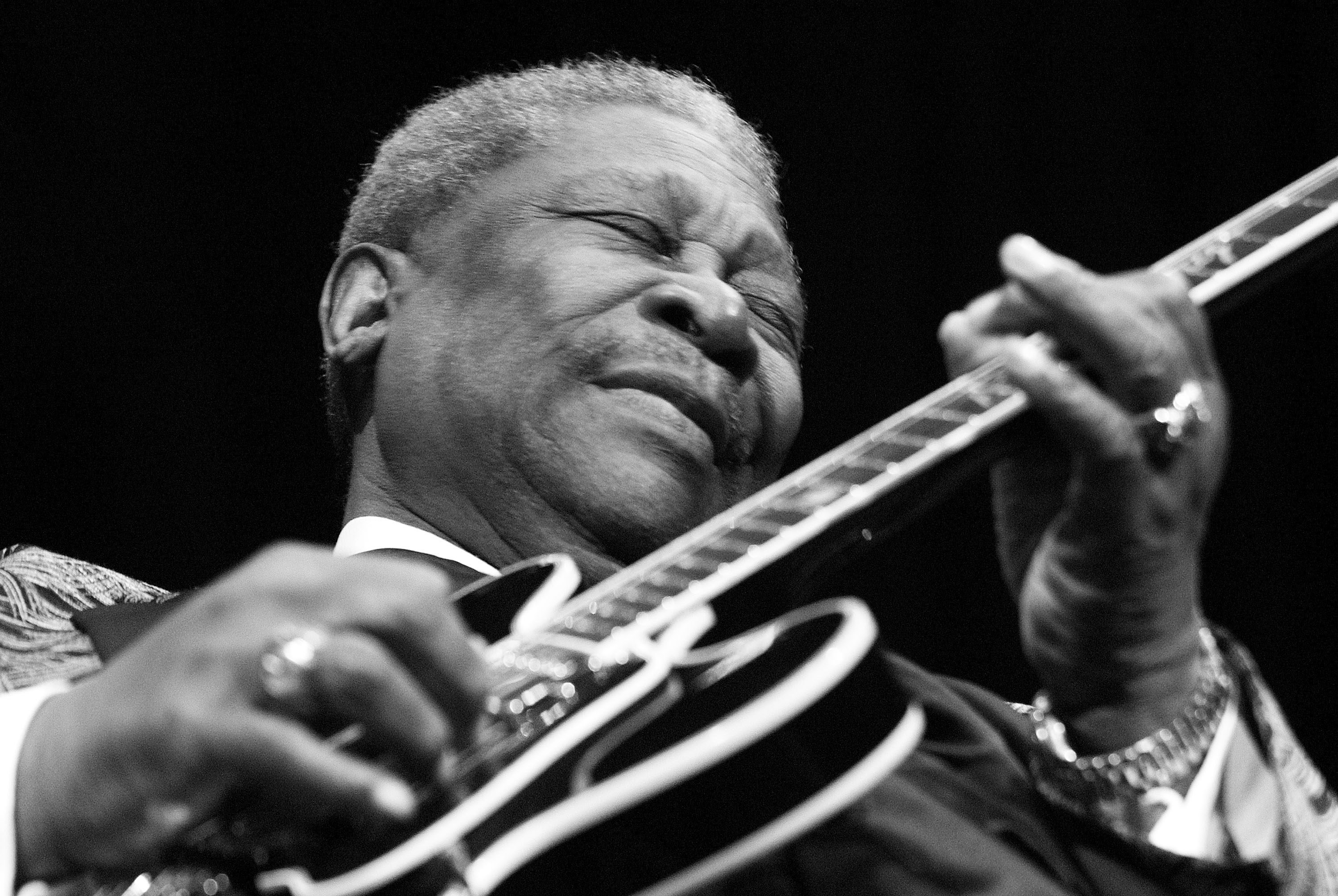 Bb King Blues Legend Dead At 89 Rolling Stone