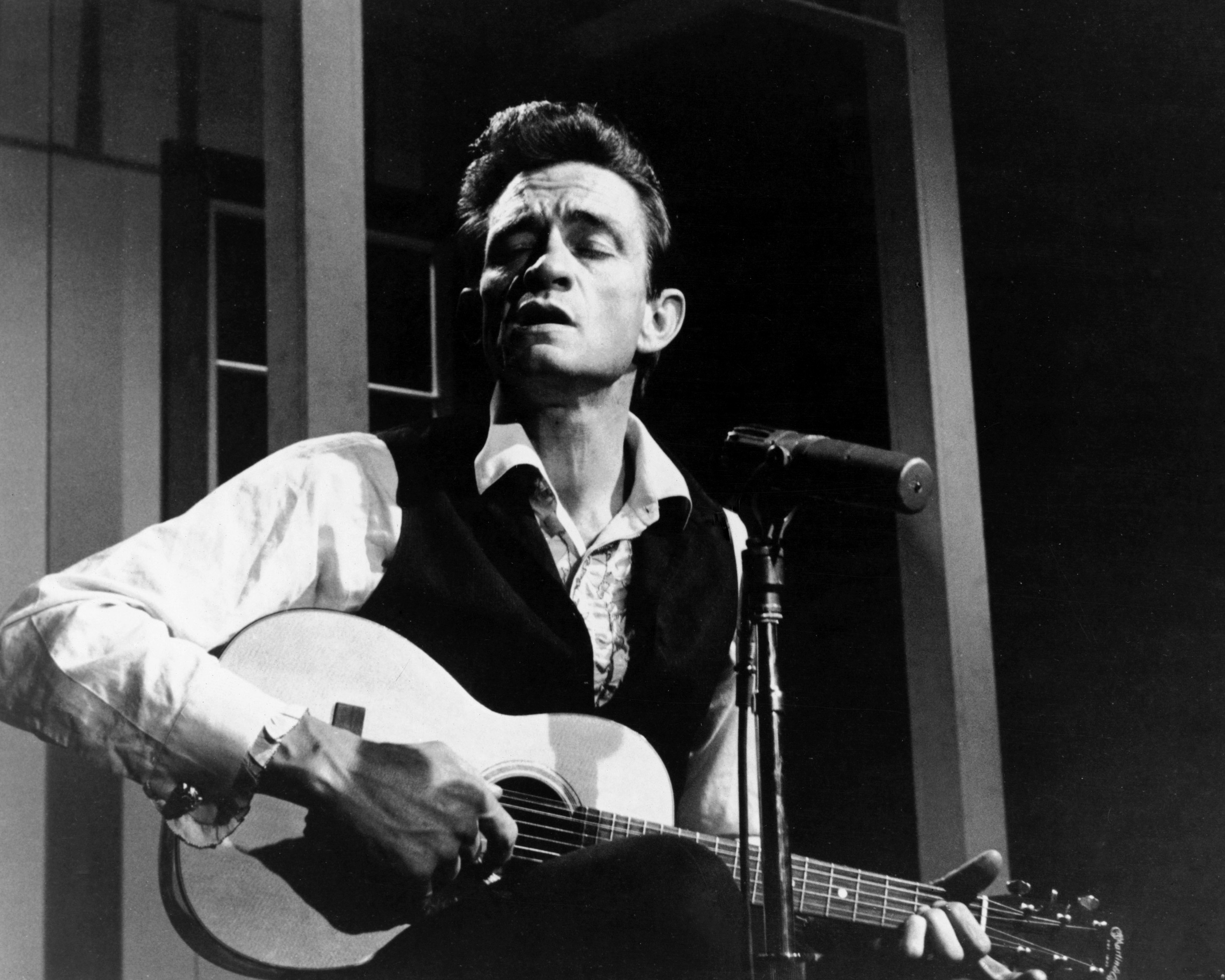 Flashback: See Johnny Cash Croon Irish Standard 'Danny Boy