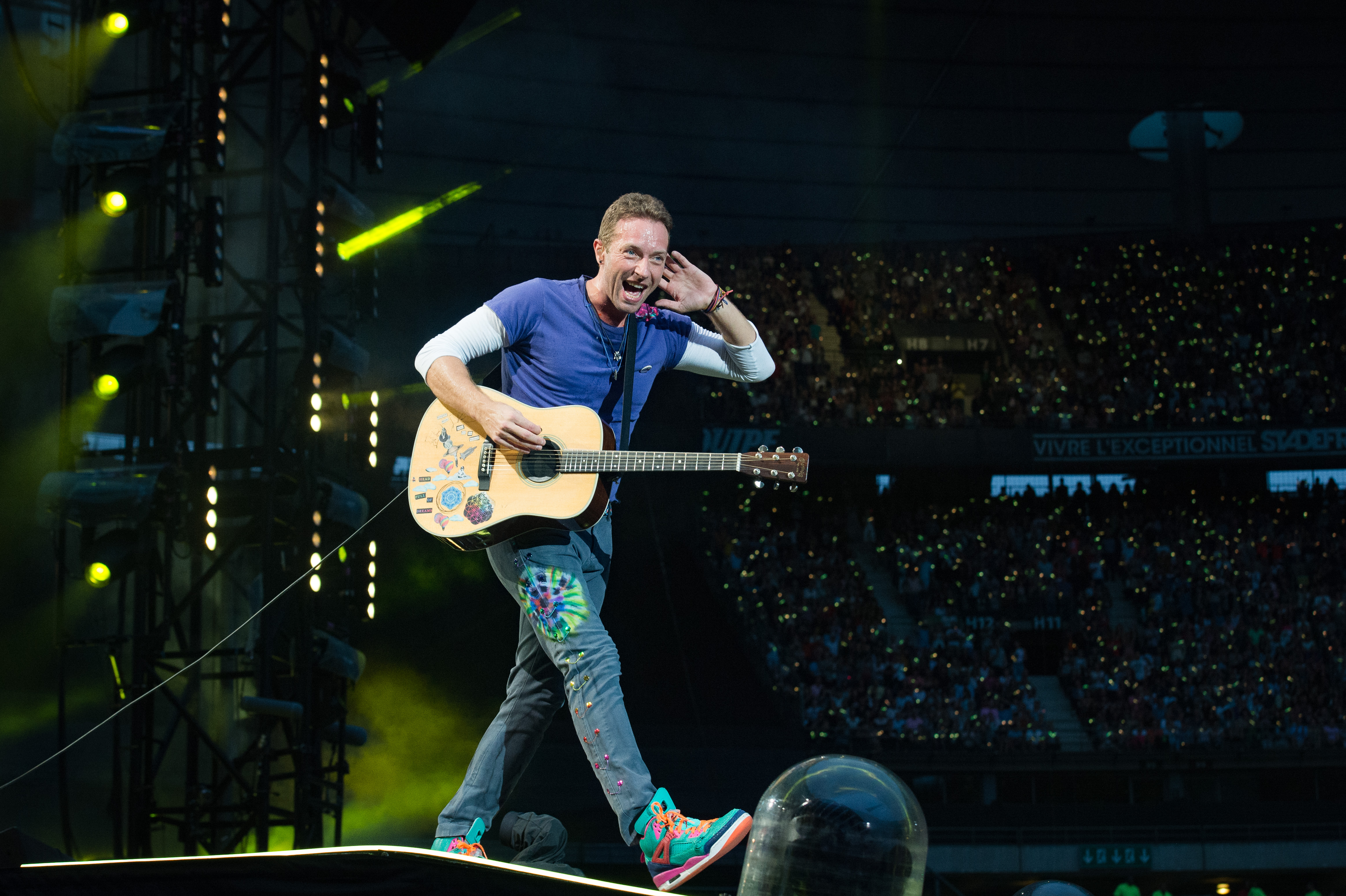 Watch Coldplay's Chris Martin Cover Linkin Park's 'Crawling