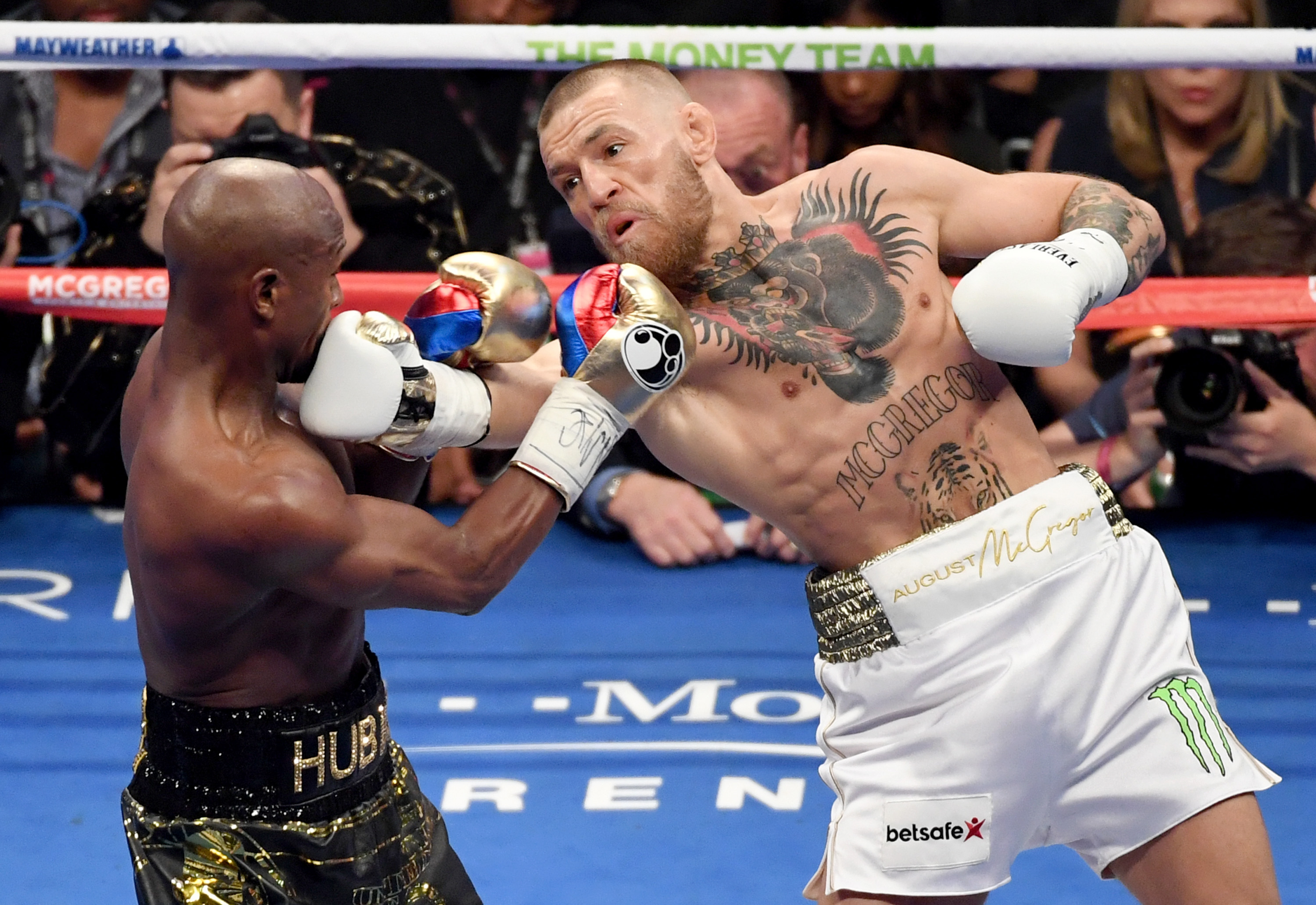 a1e7ec27dad Mayweather Vs McGregor  Why We Couldn t Stop Watching – Rolling Stone