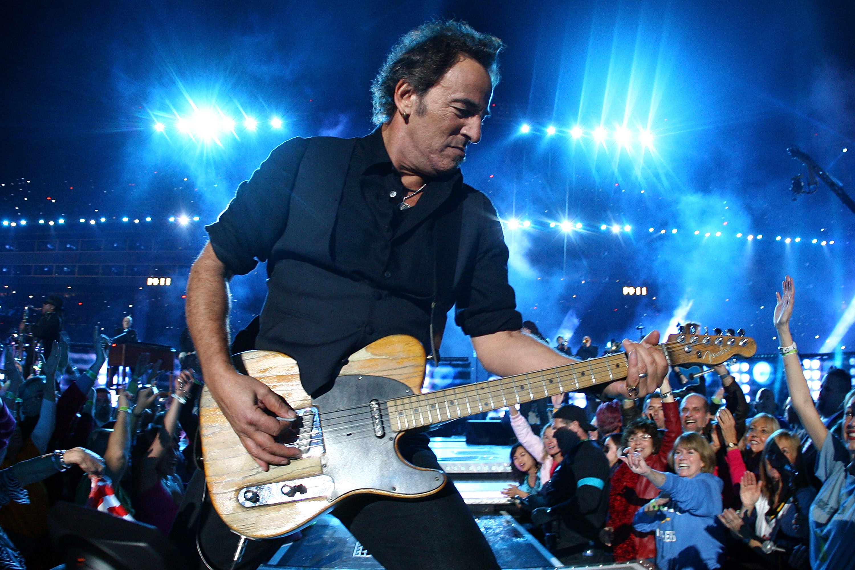 The Story Behind Bruce Springsteen's Favorite Guitar