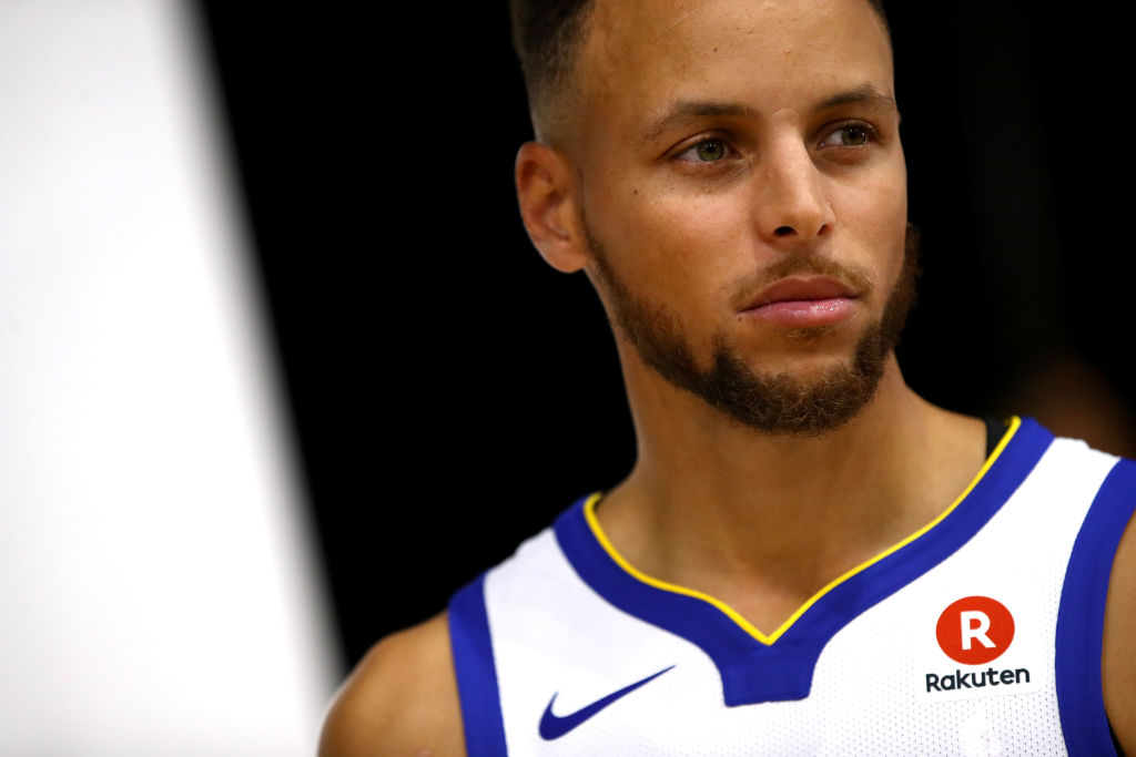 a61c01a56f42 Donald Trump rescinded the Golden State Warriors  invitation to the White  House after Stephen Curry said he didn t want to take part in the visit.