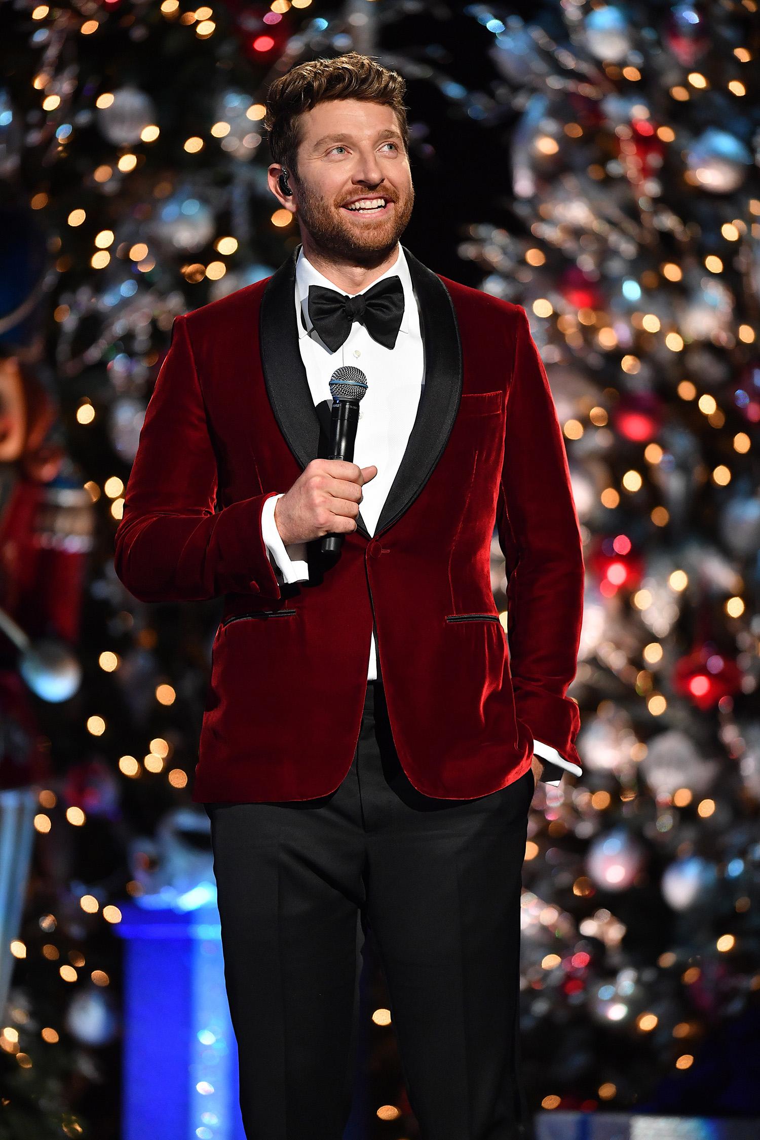 Brett Eldredge, Jennifer Nettles Lead Holiday TV Specials – Rolling ...