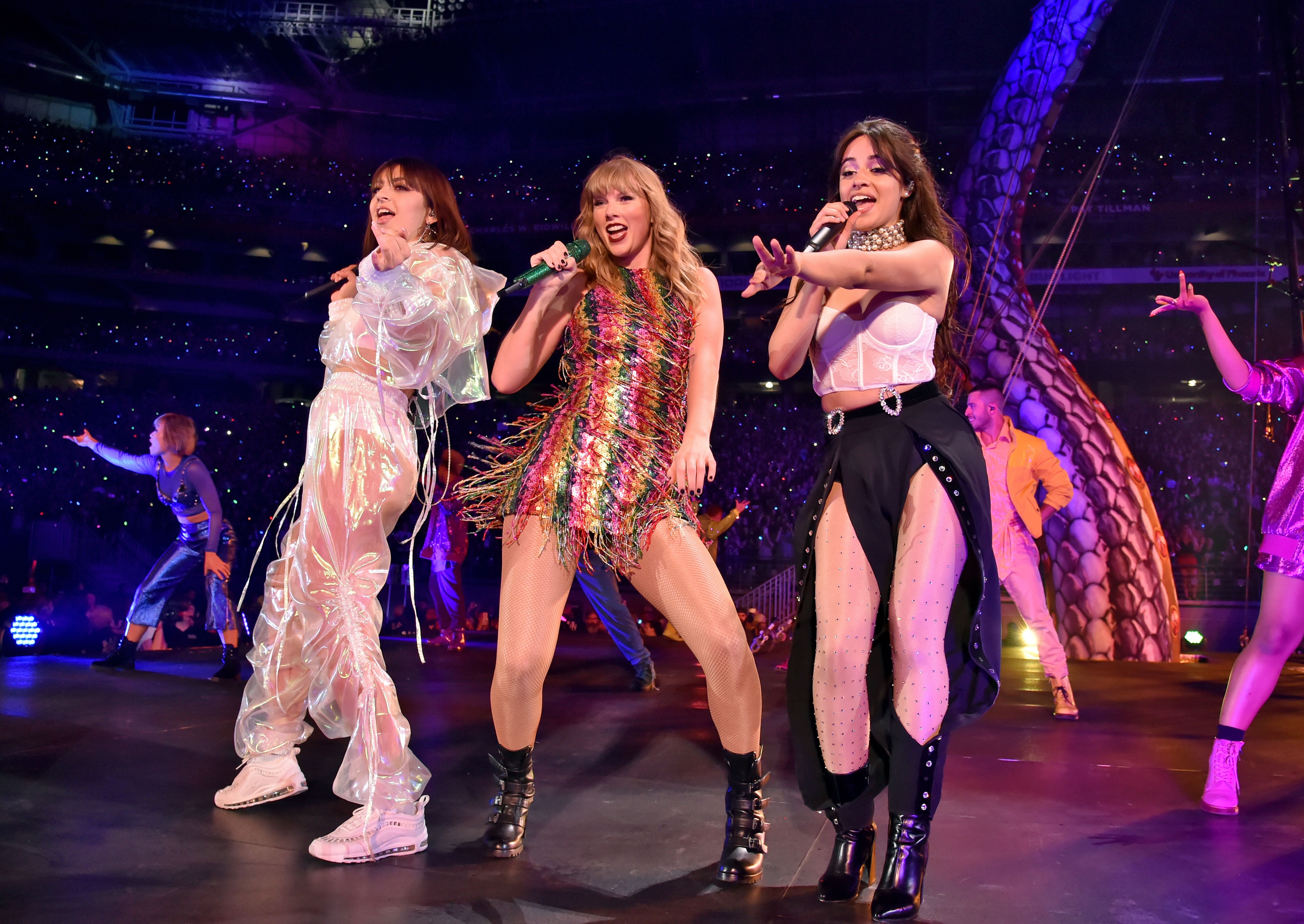 Taylor Swift 'Reputation' Tour: Rob Sheffield Reviews – Rolling Stone