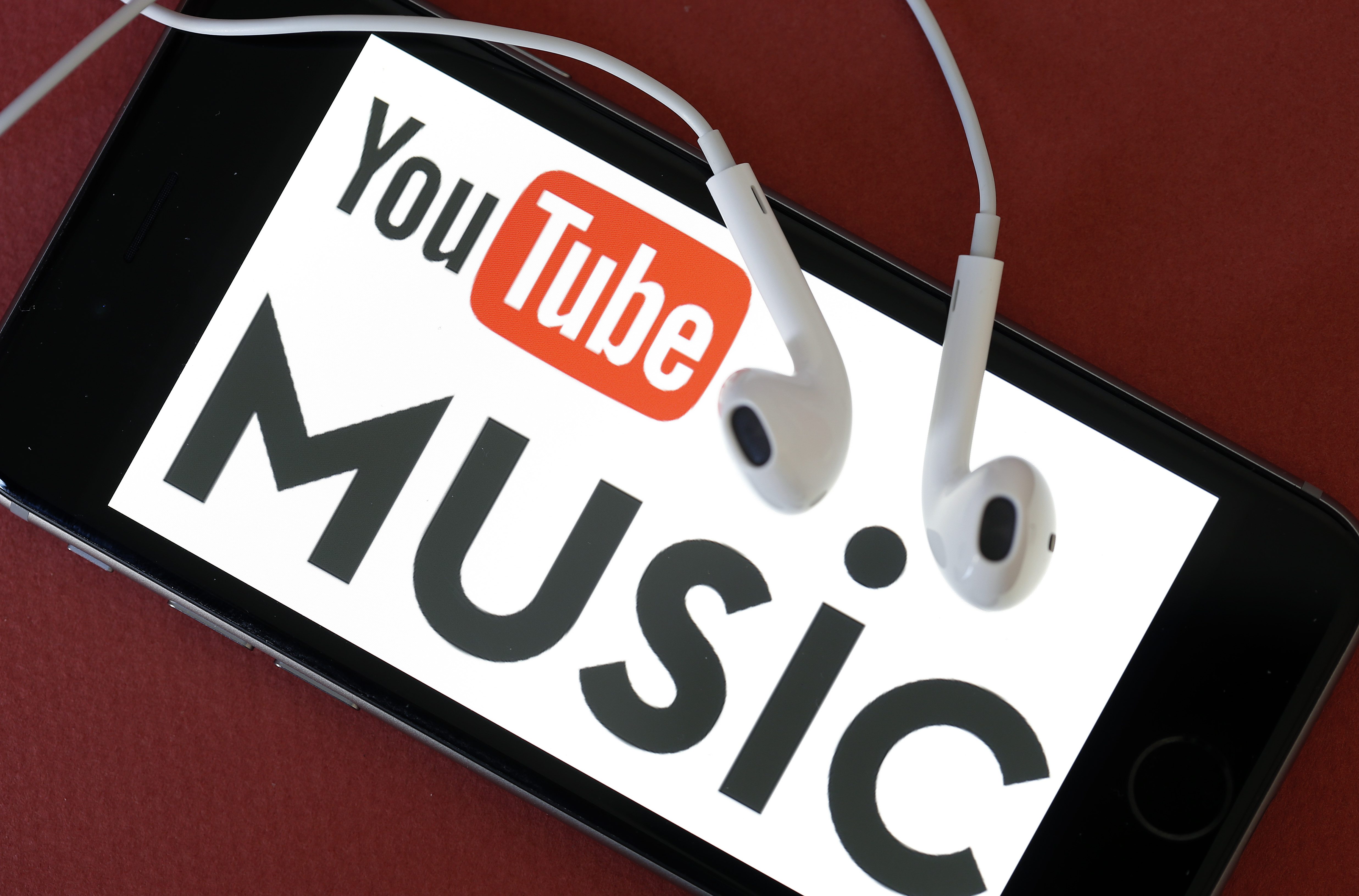 Vevo to Shut Down Site, Giving in to YouTube Empire
