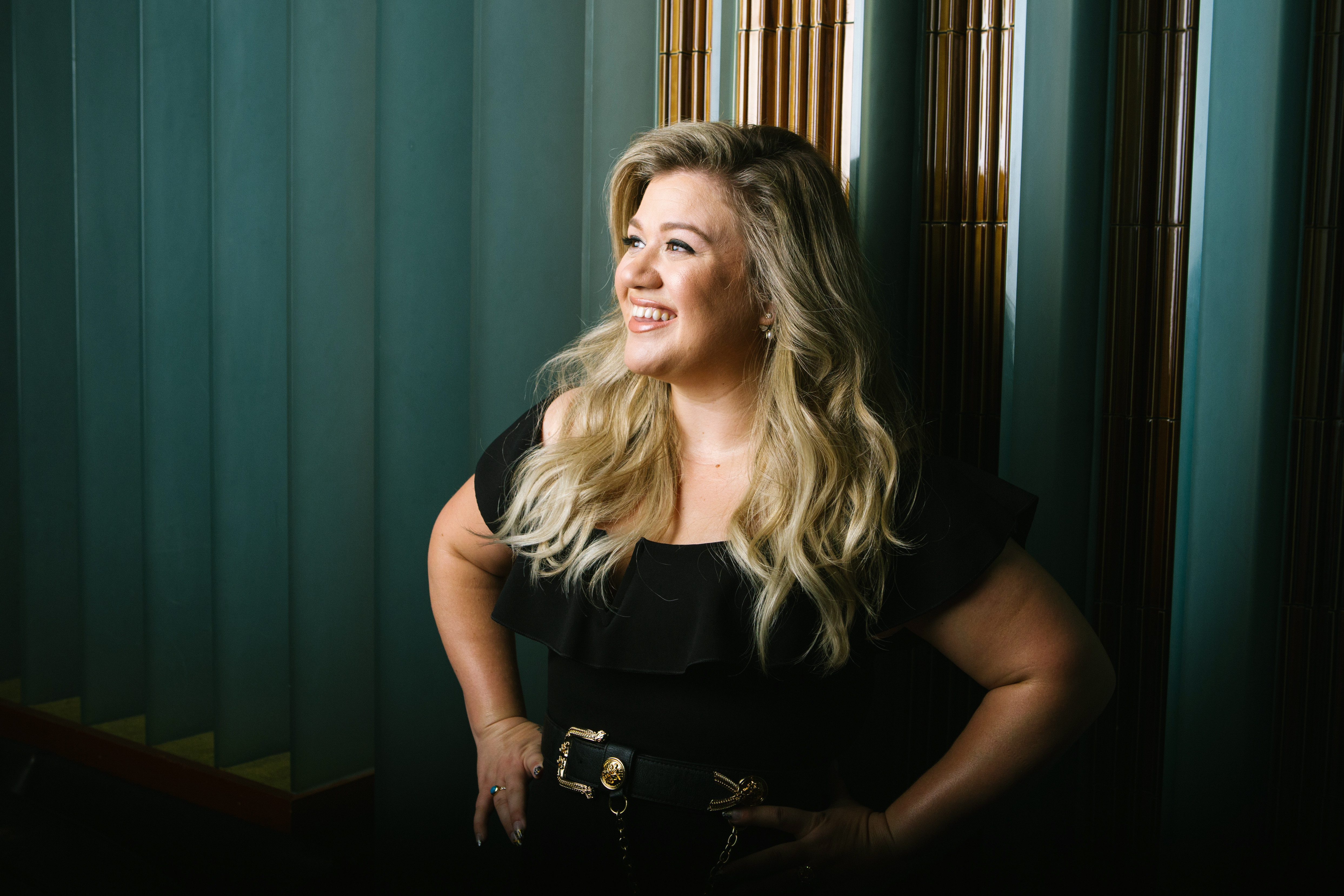 Kelly Clarkson I Am A Whole Lot Of Woman And Thats Ok Rolling