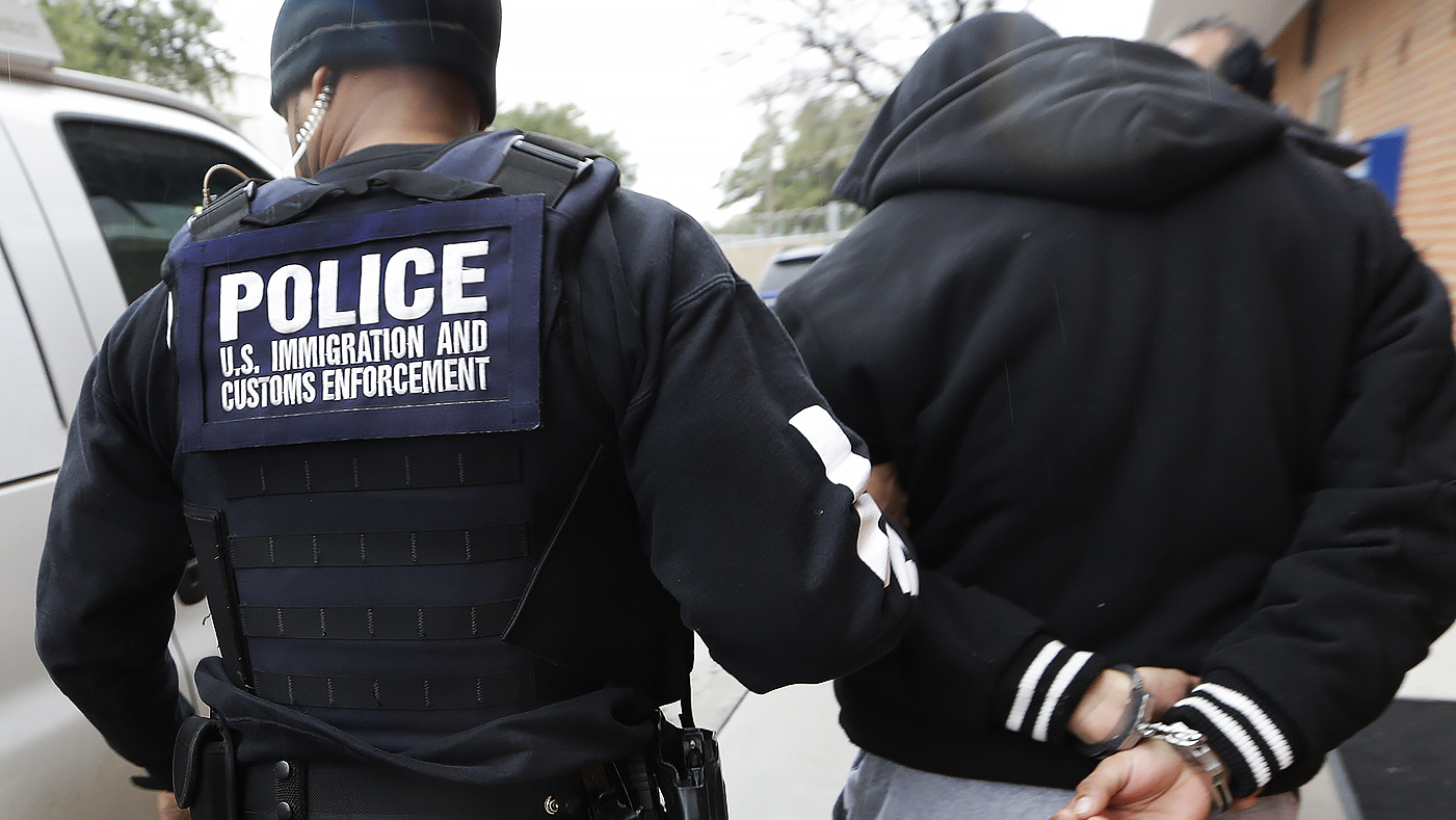 Inside the New Emergency App for Undocumented Immigrants