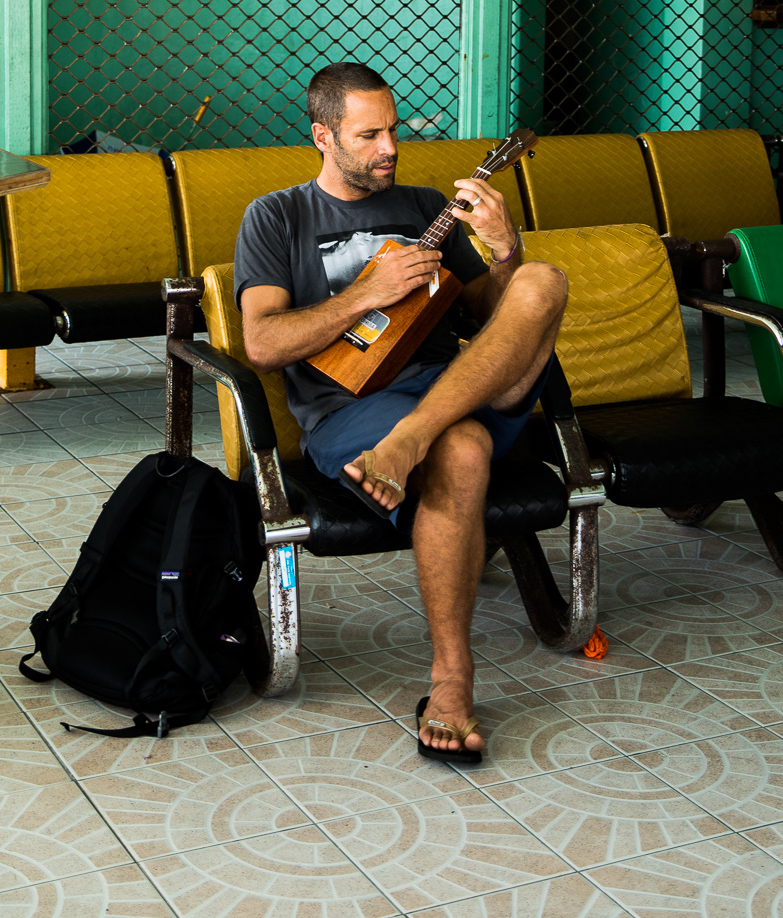 Inside Jack Johnson And Kelly Slaters Surfing Safari Rolling Stone