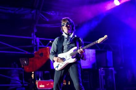 Jeff Beck Interview: Eric Clapton, Stevie Wonder, Yardbirds