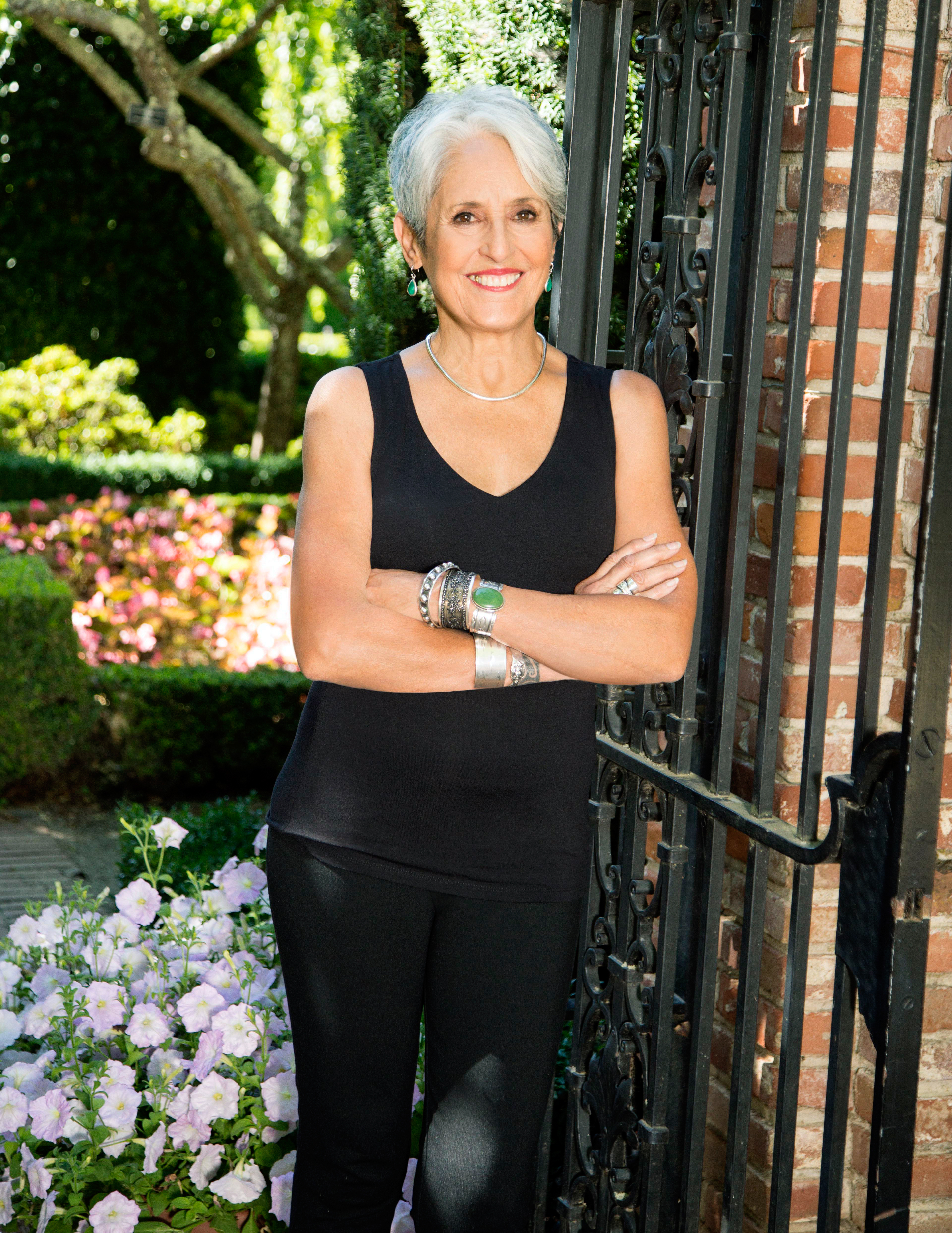 Joan Baez On First Album In A Decade Retiring From The Road Rolling Stone