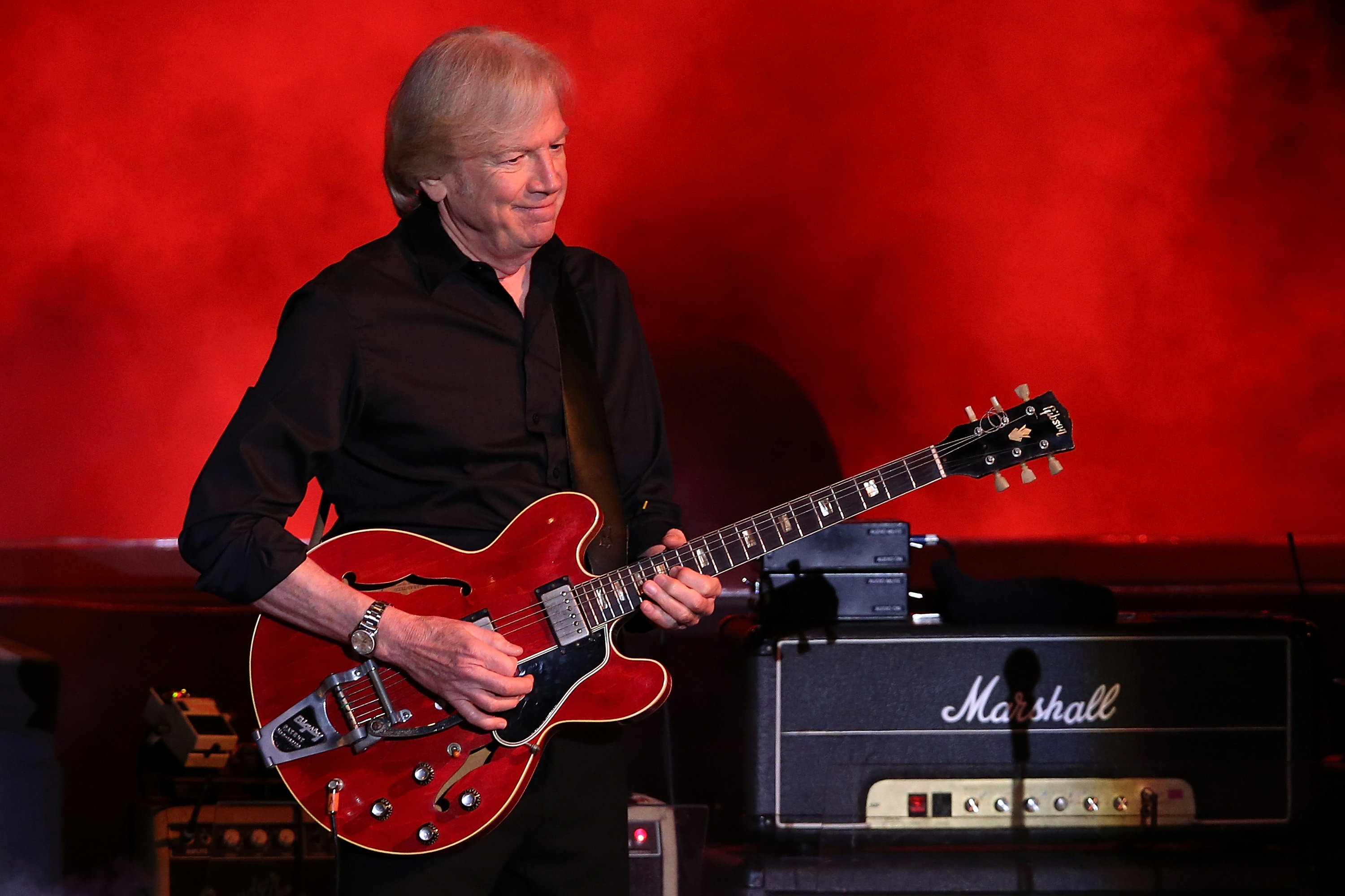 moody blues justin hayward on rock and roll hall of fame rolling stone. Black Bedroom Furniture Sets. Home Design Ideas