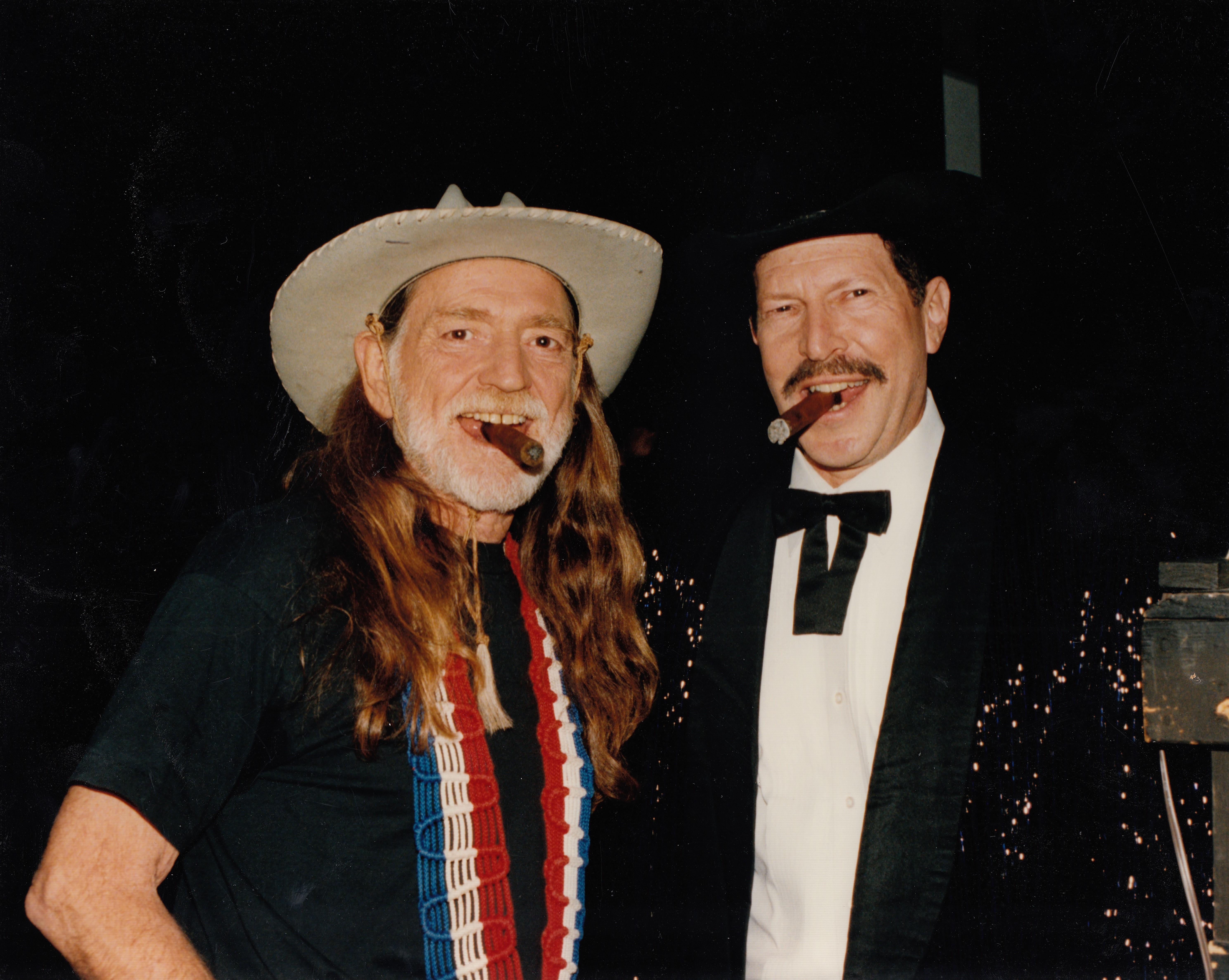 Willie nelson gotta get piss drunk