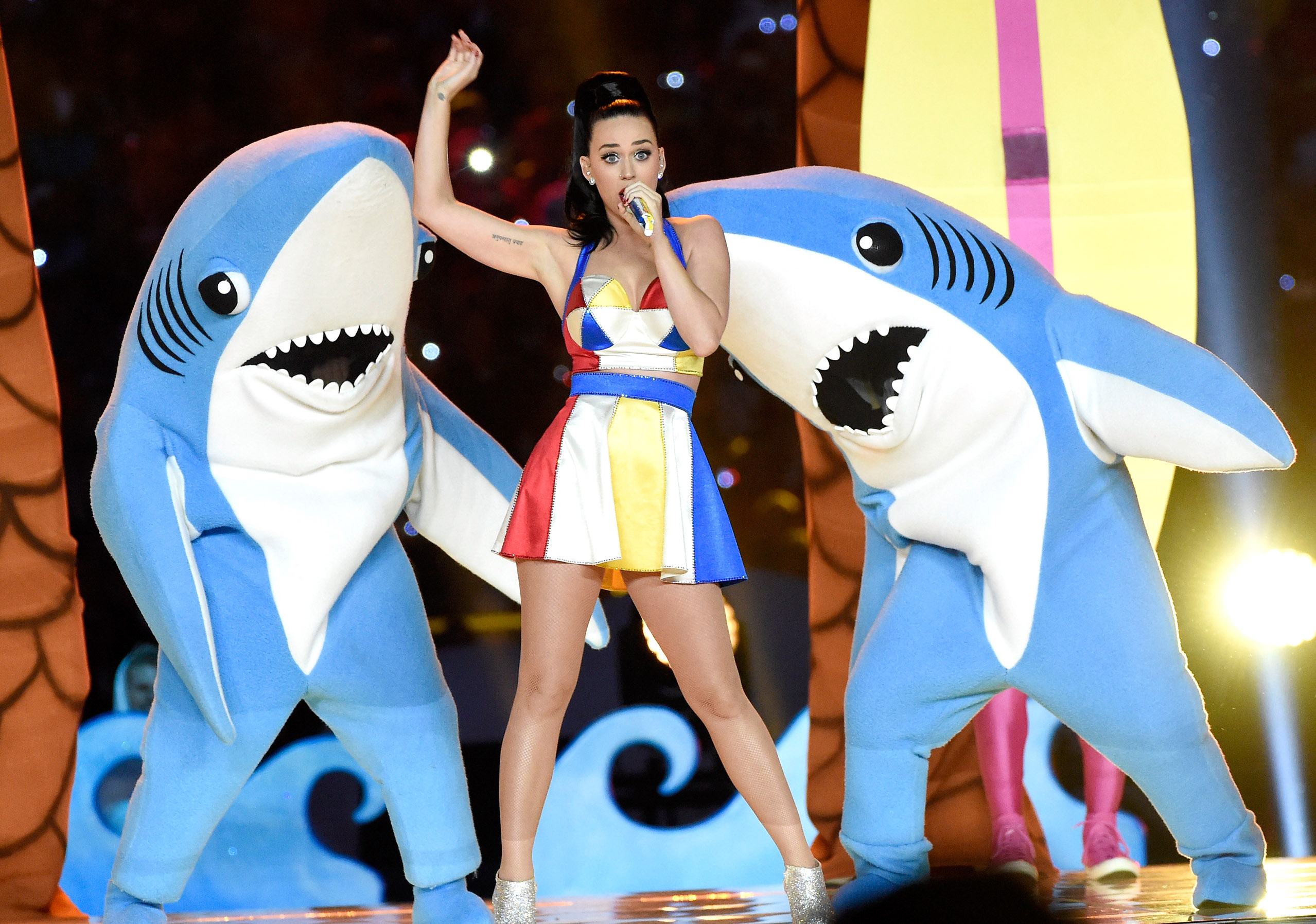 Katy Perry S Left Shark Dancer Talks Super Bowl Performance