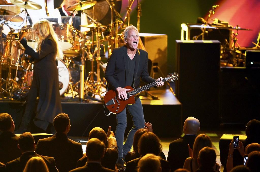 Fleetwood Mac Fires Lindsey Buckingham – Rolling Stone