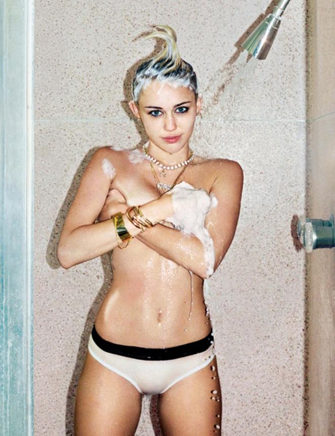 Hot sexy naked spanish girls