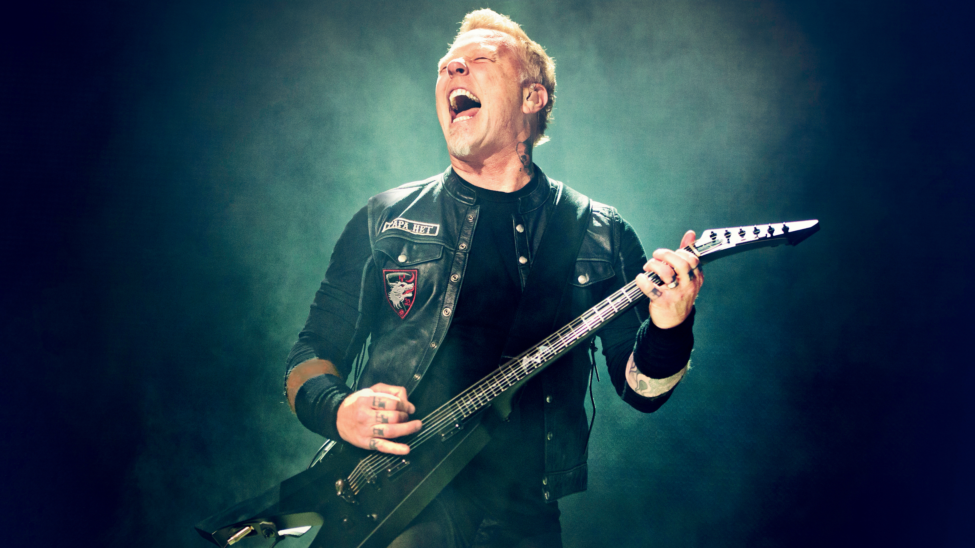 Inside Metallicas Mammoth Worldwired Tour Their Biggest Trek Ever