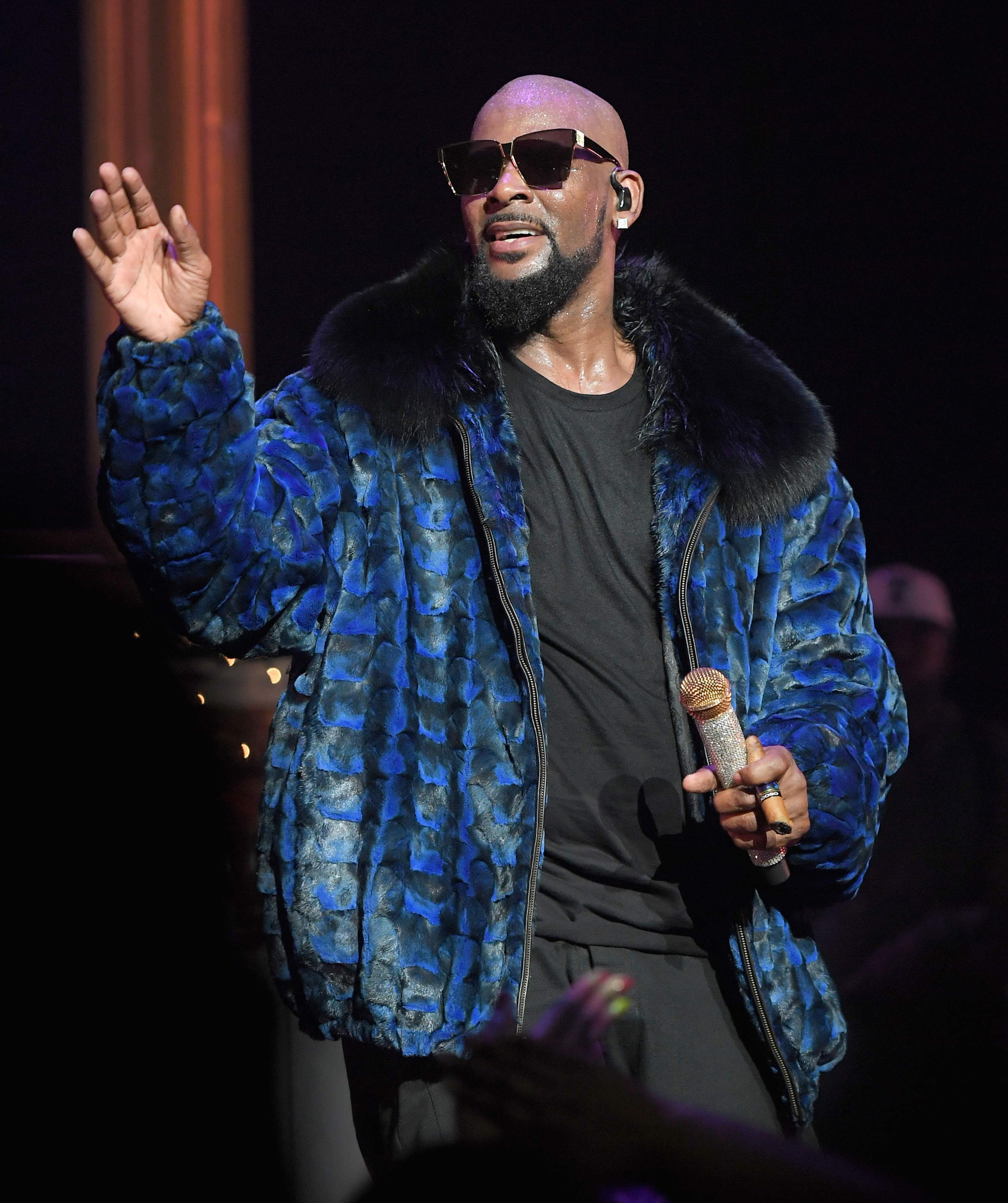 R  Kelly: Was He Really Leading a Cult? – Rolling Stone