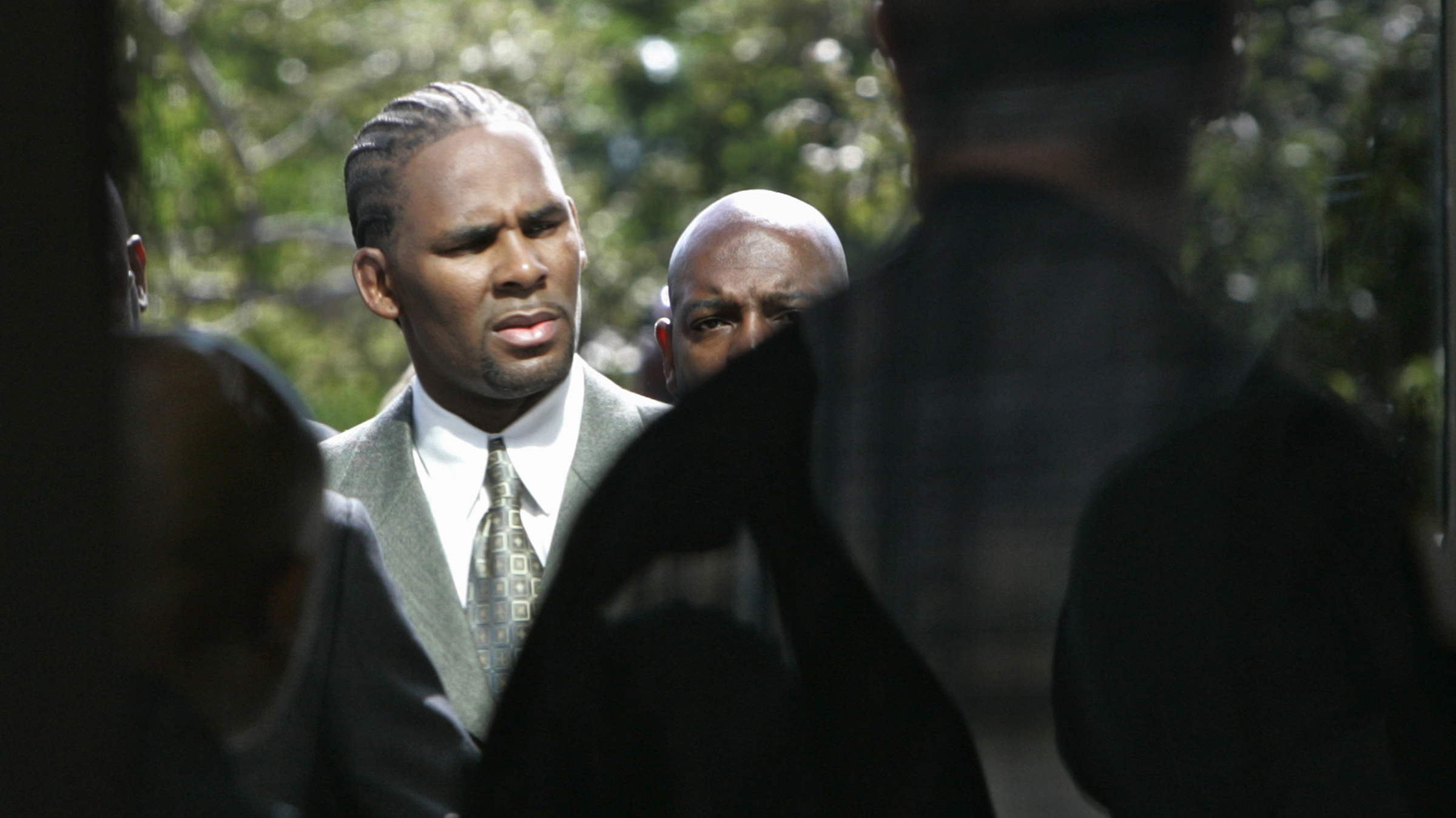 R  Kelly Scandals: From Aaliyah to Alleged Cults – Rolling Stone