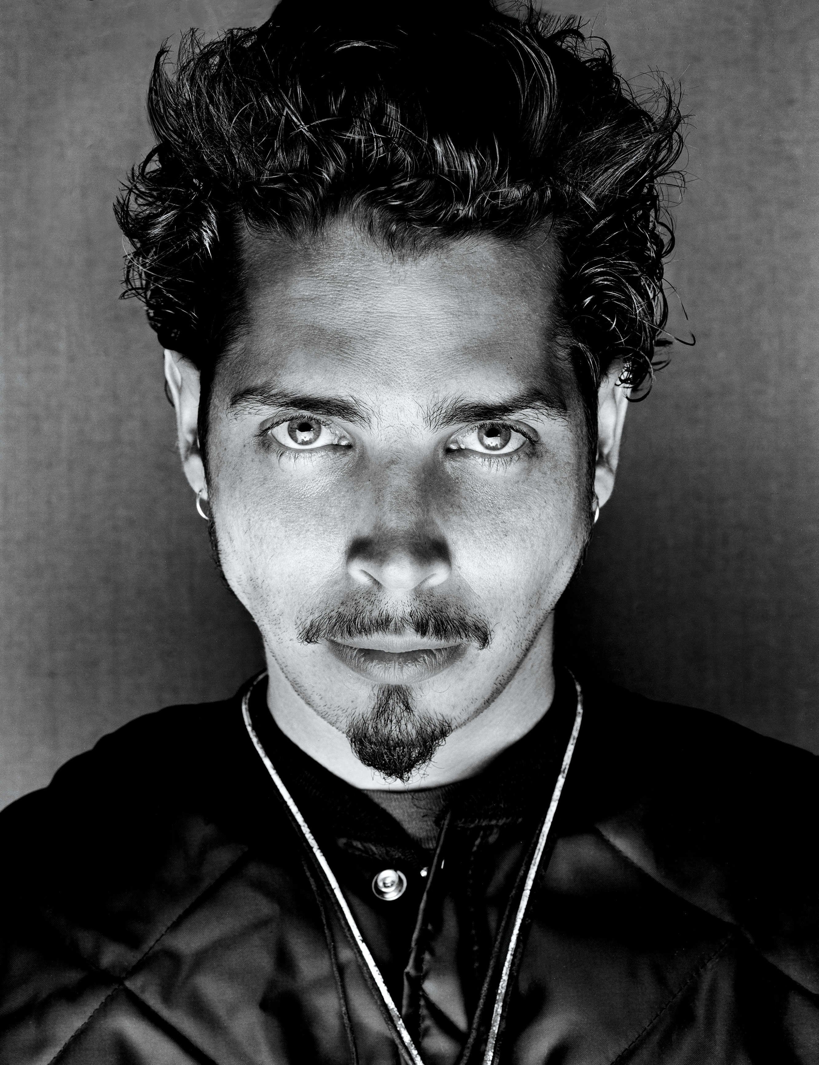 That bloke from audioslave to do casino royale theme tune