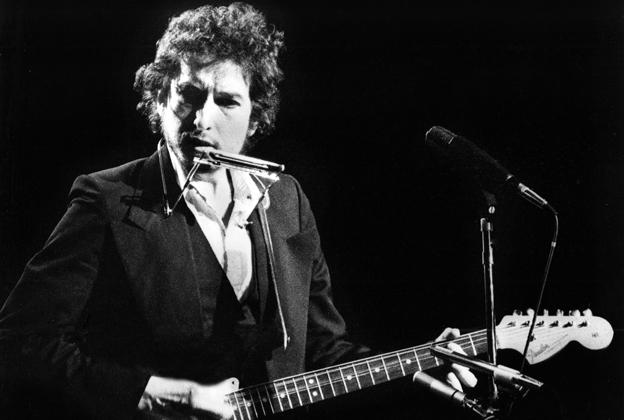 How Bob Dylan Co Wrote Darius Ruckers Wagon Wheel 40 Years Ago