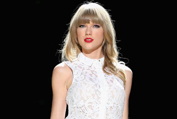 Taylor Swift Isn't Done Making 'I'mma Let You Finish' Jokes